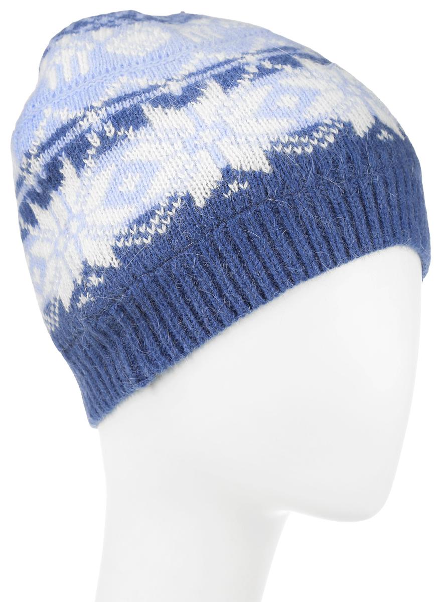 Шапка женская Sela, цвет: синий, белый. HAk-141/013K-6404. Размер 56/58HAk-141/013K-6404Женская вязаная шапка Sela идеально подойдет для прогулок в прохладное время года. Изготовленная из нейлона с добавлением шерсти и ангоры, она обладает хорошими дышащими свойствами и хорошо удерживает тепло.Шапка украшена интересным принтом. Понизу проходит широкая вязаная резинка.Такая шапка станет модным и стильным предметом вашего гардероба. Она улучшит настроение даже в хмурые прохладные дни! Уважаемые клиенты!Размер, доступный для заказа, является обхватом головы.