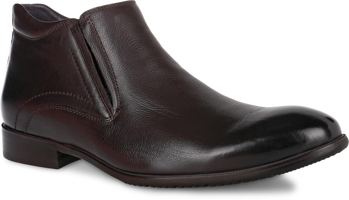 Ботинки мужские El Tempo, цвет: темно-коричневый. RS4_07-3-745. Размер 40RS4_07-3-745_BROWNМодные мужские ботинки от El Tempo не оставят вас равнодушным благодаря своему дизайну и качеству. Модель, выполненная из натуральной кожи, имеет удобную застежку-молнию расположенную сбоку. Также изделие дополнено небольшой эластичной вставкой и оформлено прострочкой. Стелька, выполненная из ворсина, предотвратит натирание и обеспечит комфорт при носке. Поверхность стельки оформлена фирменной нашивкой. Подошва, изготовленная из прочной и гибкой резины, дополнена небольшим каблуком. Протекторы с рифлением на подошве гарантируют отличное сцепление с различными поверхностями. Такие стильные ботинки займут достойное место в вашем гардеробе.