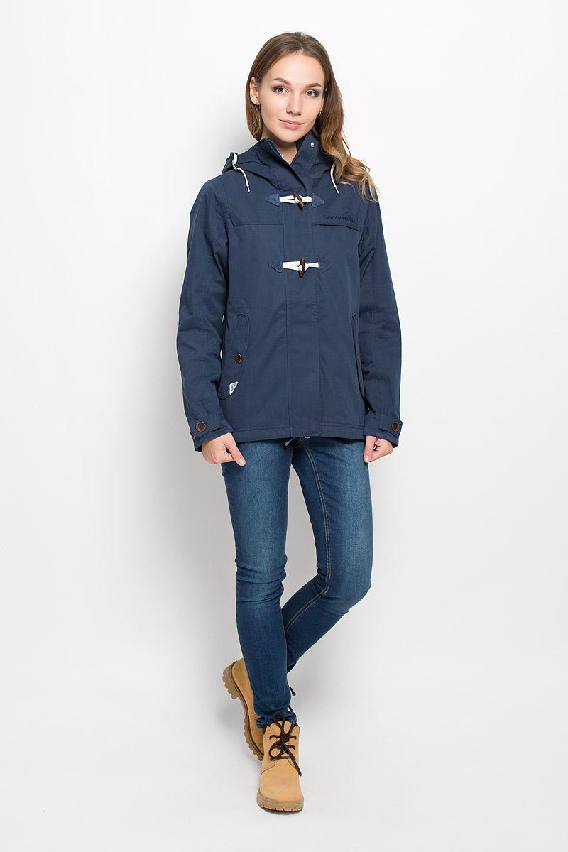 Куртка женская Didriksons1913 Lori, цвет: темно-синий. 500419_39. Размер 38 (46)500419_39Удобная женская куртка Didriksons1913 Lori согреет вас в прохладную погоду и позволит выделиться из толпы. Модель с длинными рукавами и несъемным капюшоном выполнена из водонепроницаемой и непродуваемой мембранной ткани.Куртка застегивается на застежку-молнию спереди и имеет ветрозащитный клапан на кнопках и крупных пуговицах. Объем капюшона регулируется при помощи шнурка-кулиски. Изделие дополнено двумя втачными карманами с клапанами на пуговицах спереди и внутренним втачным карманом на застежке-молнии с отверстием для наушников, а также внутренним накладным карманом-сеткой. Манжеты рукавов куртки дополнены хлястиками с пуговицами. Низ и линия талии куртки дополнены шнурками-кулисками со стопперами. Эта модная и в то же время комфортная куртка - отличный вариант для прогулок, она подчеркнет ваш изысканный вкус и поможет создать неповторимый образ.