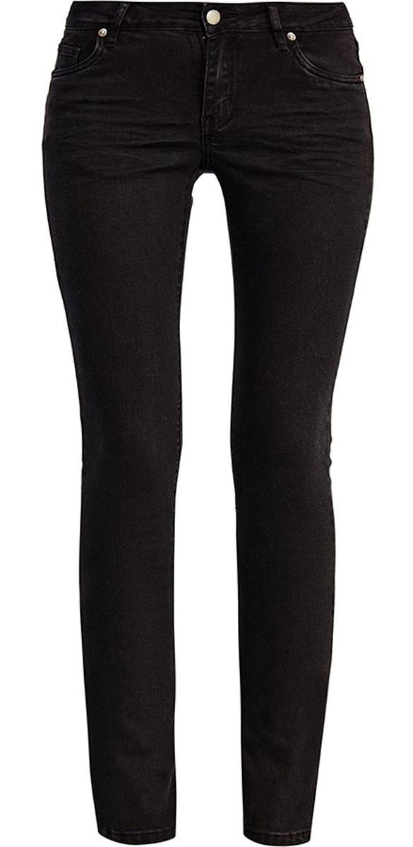 Джинсы женские Finn Flare, цвет: черный. A16-170090_200. Размер 28-32 (44)A16-170090_200Стильные женские джинсы Finn Flare выполнены из высококачественного эластичного хлопка. Модные джинсы слим стандартной посадки станут отличным дополнением к вашему современному образу. Джинсы застегиваются на пуговицу в поясе и ширинку на застежке-молнии, имеют шлевки для ремня. Джинсы имеют классический пятикарманный крой: спереди модель оформлена двумя втачными карманами и одним маленьким накладным кармашком, а сзади - двумя накладными карманами.