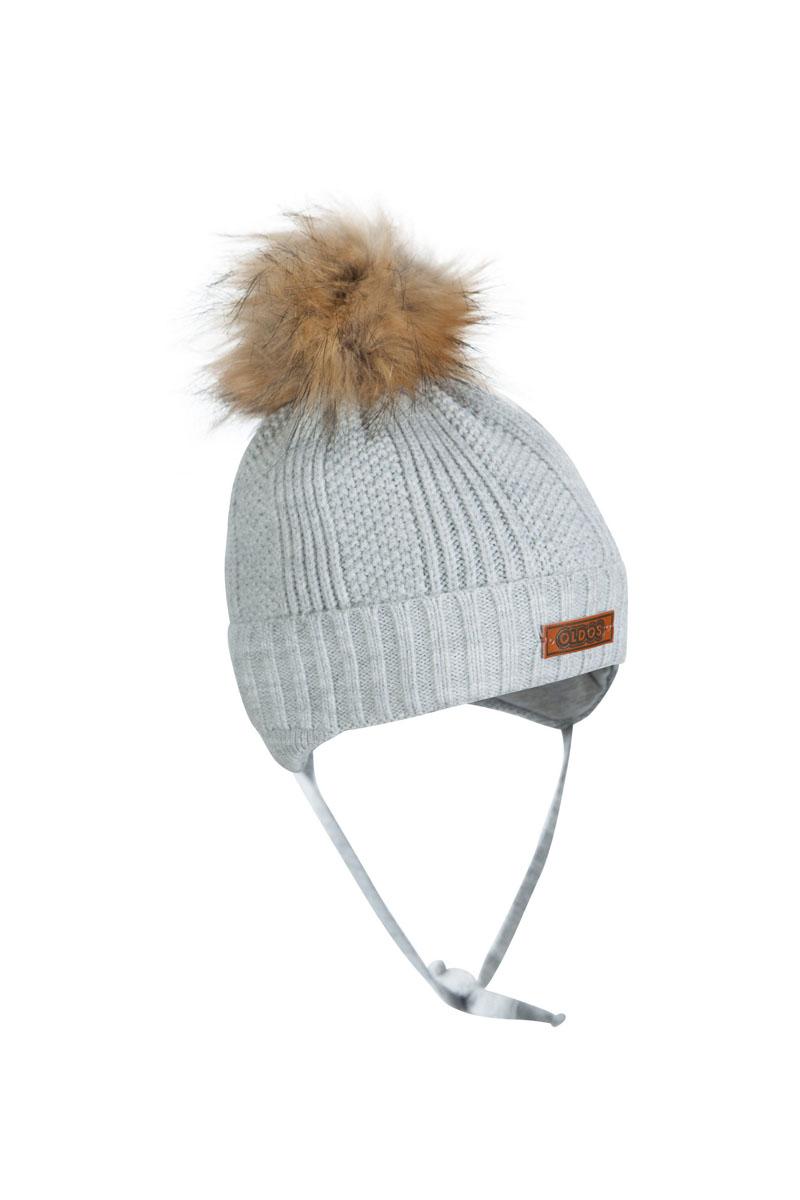 Шапка для мальчика OLDOS Тимми, цвет: серый. 1Ш1617. Размер 46/481Ш1617Шапка-бэби с завязками Тимми из зимней коллекции OLDOS прекрасно защитит головку вашего малыша от снегопада, мороза и ветра. Такая шапка хорошо закрывает ушки, завязки фиксируют шапку так, чтобы ничего не мешало игре или прогулке. Шапка мягкая и теплая благодаря утеплителю холлофайбер плотностью 70 г и составу пряжи 70% шерсть и 30% акрил. Подкладка из вискозы отводит излишнюю влагу и сохраняет ощущение комфорта во время прогулок. Шапка дополнена декоративным отворотом и съемным помпоном из искусственного меха.