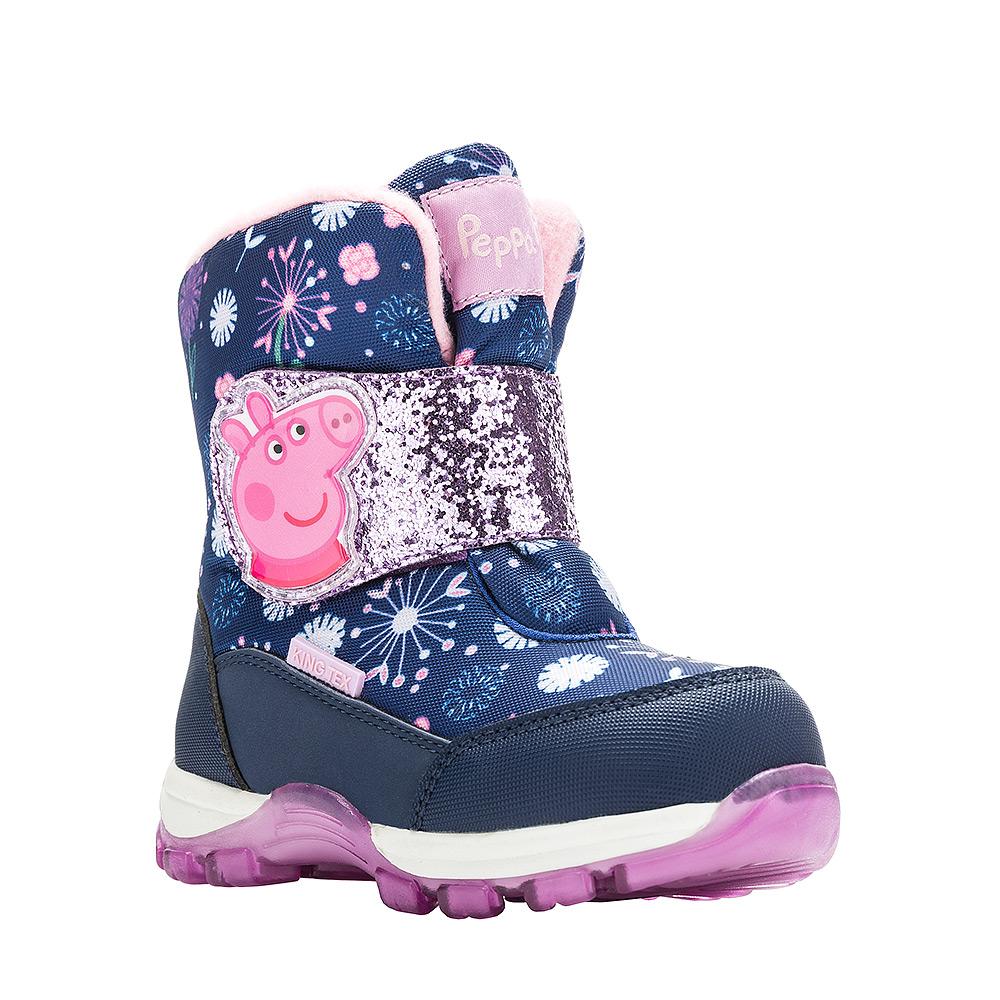Ботинки для девочки Kakadu Peppa Pig, цвет: темно-синий. 6542B. Размер 266542BДетские зимние ботинки Peppa Pig от Kakadu придутся по душе вашей девочке. Обувь отличается от аналогов модным дизайном и высокой эргономичностью. Модель оснащена мембраной King Tex. Подкладка из натуральной шерсти обеспечивает ногам тепло и сухость при любых климатических условиях. Съемную стельку ботинок всегда можно вынуть или заменить. Подошва из термопластичной резины отличается малым, хорошей сцепляемостью с поверхностью и высокой пружинистостью. Благодаря этим качествам дети могут совершать длительные прогулки без чувства усталости в ногах. Детские зимние ботинки оформлены ярким рисунком свинки Пеппы. Широкий ремешок на липучке надежно фиксирует изделие на ноге.