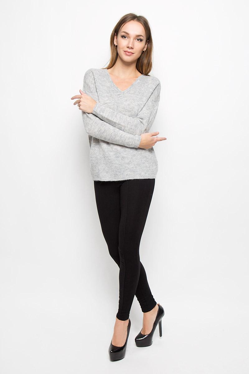Пуловер женский Selected Femme, цвет: серый. 16051606. Размер M (44)16051606_Light Grey MelangeСтильный женский пуловер Selected Femme, выполненный из сочетания высококачественных материалов, необычайно мягкий и приятный на ощупь, не сковывает движения, обеспечивая наибольший комфорт.Модель с V-образным вырезом горловины и длинными рукавами великолепно сидит. Пушистый пуловер мелкой вязки поможет вам создать стильный современный образ в стиле Casual.Этот удобный и стильный пуловер станет отличным дополнением к вашему гардеробу. В нем вы всегда будете чувствовать себя уютно в прохладное время года.