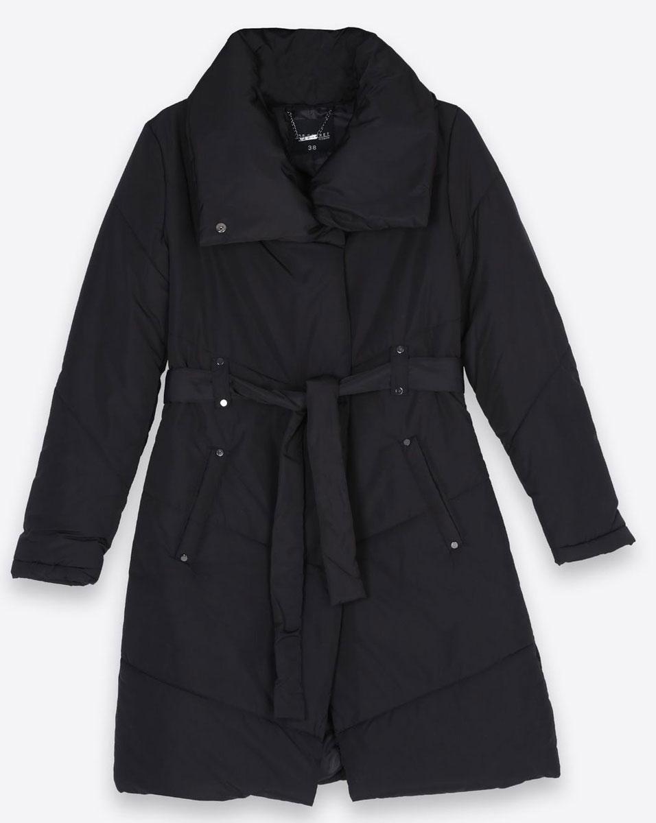 Пальто женское Top Secret, цвет: черный. SPZ0332CA. Размер 42 (48)SPZ0332CAСтильное женское пальто Top Secret изготовлено из высококачественного полиэстера. В качестве утеплителя используется синтепон. Пальто с объемным воротником-стойкой застегивается на молнию и кнопки. Спереди расположены два прорезных кармана. Модель дополнена поясом на талии.