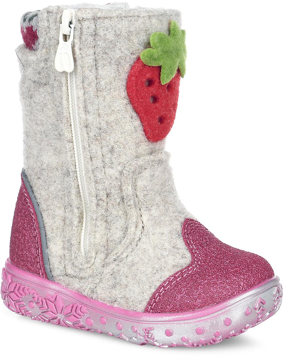 Валенки для девочки Kapika, цвет: бежевый, розовый. 00112-2. Размер 2500112-2Теплые и стильные валенки от Kapika понравятся вашей девочке с первого взгляда. Модель выполнена из войлока и оформлена нашивкой в виде клубники. Носочная и задняя части дополнены прорезиненными накладками для лучшей сохранности обуви. Обувь фиксируется на ноге с помощью удобных молний, расположенных с боковых сторон модели. Подкладка и стелька из натуральной шерсти обеспечат ножкам тепло и уют. Мягкий кант создает комфорт при ходьбе и предотвращают натирание ножки ребенка. Подошва выполнена из качественного полимерного материала, а ее рифление гарантирует отличное сцепление с любой поверхностью.Такие валенки займут достойное место в гардеробе вашего ребенка.