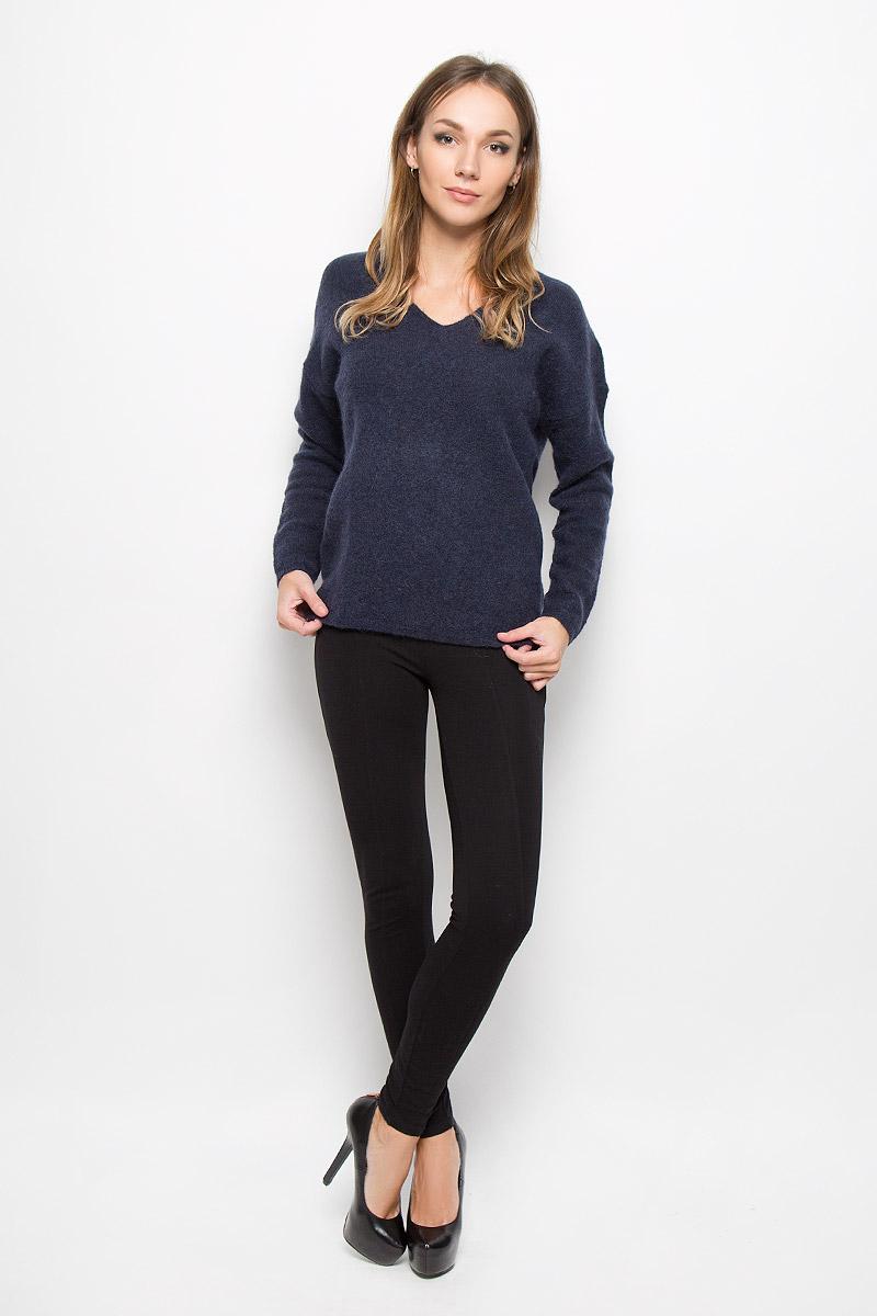 Пуловер женский Selected Femme, цвет: темно-синий. 16051606. Размер M (44)16051606_Dark SapphireСтильный женский пуловер Selected Femme, выполненный из сочетания высококачественных материалов, необычайно мягкий и приятный на ощупь, не сковывает движения, обеспечивая наибольший комфорт.Модель с V-образным вырезом горловины и длинными рукавами великолепно сидит. Пушистый пуловер мелкой вязки поможет вам создать стильный современный образ в стиле Casual.Этот удобный и стильный пуловер станет отличным дополнением к вашему гардеробу. В нем вы всегда будете чувствовать себя уютно в прохладное время года.