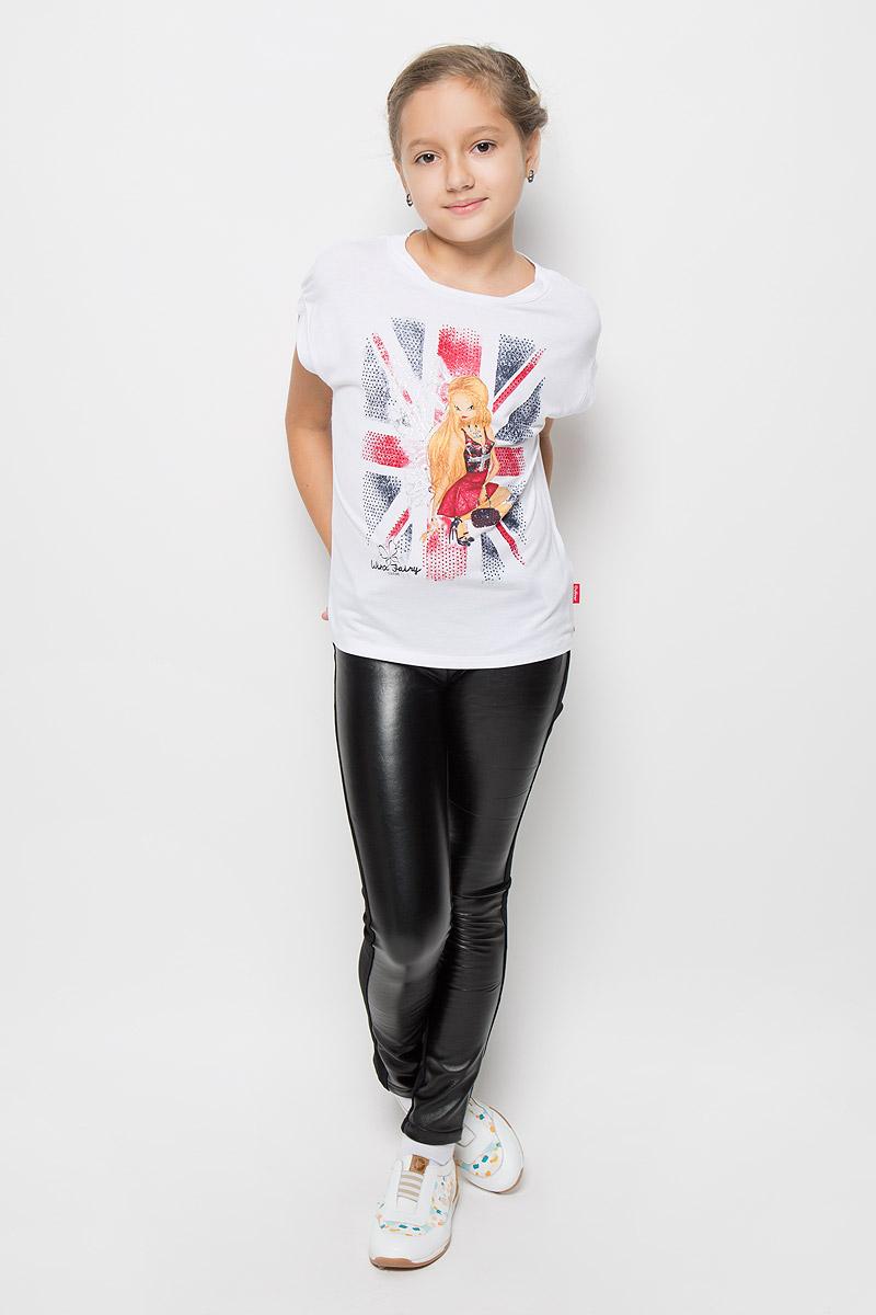 Футболка для девочки Gulliver Созвездие Winx, цвет: белый, красный, темно-синий. 11605GKC1201. Размер 140, 9-10 лет11605GKC1201Модная футболка для девочки Gulliver Созвездие Winx станет отличным дополнением к детскому гардеробу. Модель выполнена из мягкого трикотажа, очень приятная на ощупь, не сковывает движения и хорошо пропускает воздух, обеспечивая наибольший комфорт. Объемная футболка с круглым вырезом горловины и короткими рукавами-кимоно оформлена крупным изображением феи Винкс, декорированным серебристым напылением и цветными стразами. Дизайн и расцветка делают эту футболку стильным предметом детской одежды, она поможет создать отличный современный образ.