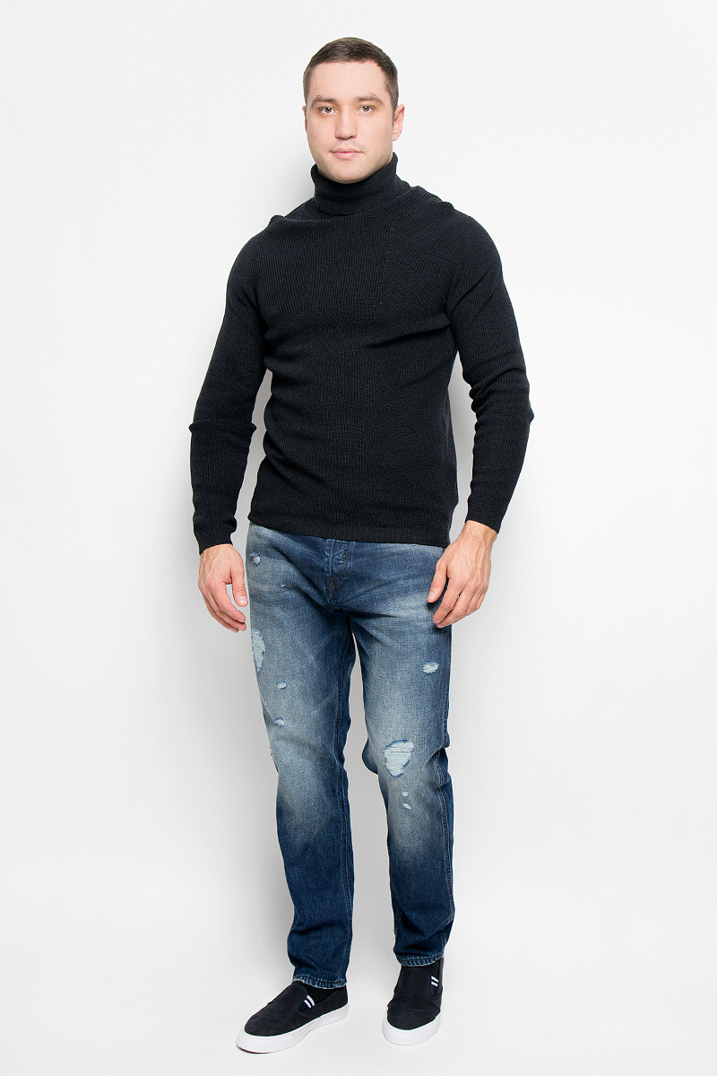 Свитер мужской Selected Homme Identity, цвет: графитовый. 16052121. Размер XL (50)16052121_Dark Grey MelangeОригинальный мужской свитер Selected Homme Identity, изготовленный из высококачественной пряжи из натурального хлопка, мягкий и приятный на ощупь, не сковывает движений и обеспечивает наибольший комфорт.Модель с воротником-гольф и длинными рукавами великолепно подойдет для создания современного образа в стиле Casual. Воротник, манжеты рукавов и низ изделия связаны резинкой.Этот свитер послужит отличным дополнением к вашему гардеробу. В нем вы всегда будете чувствовать себя уютно и комфортно в прохладную погоду.