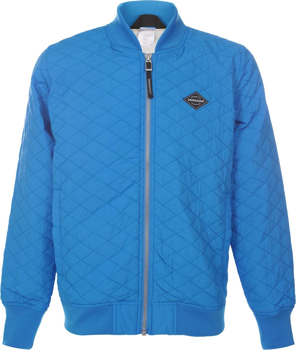 Куртка для мальчика Didriksons1913 Jake, цвет: синий. 500736_332. Размер 160500736_332Стильная стеганная куртка для мальчика Didriksons1913 Jake, изготовленная из полиамида, станет ярким и стильным дополнением к детскому гардеробу. Материал приятный на ощупь, позволяет коже дышать, легко стирается, быстро сушится. В качестве утеплителя используется синтепон. Модель с длинными рукавами застегивается на пластиковую застежку-молнию. По бокам расположены два прорезных кармана на молнии и один внутренний на кнопках. Рукава, горловина и низ куртки дополнены трикотажными вставками. Куртка может использоваться как самостоятельно, так и в качестве второго слоя.Красивый цвет, модный силуэт обеспечивают куртке прекрасный внешний вид!Теплая, удобная и практичная куртка идеально подойдет для прогулок!Рассчитана на температуру от +10 до +15.