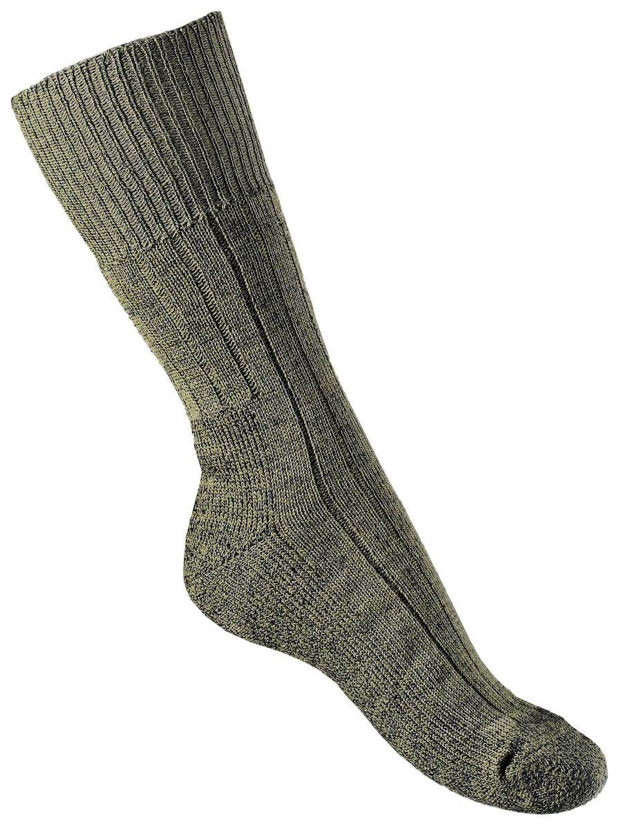 Термоноски мужские Tesema Vaellussukat, цвет: зеленый. 6023. Размер 34/366023Теплые высокие носки средней плотности. Будут удобны для носки с сапогами или высокой обувью. Благодаря составу отлично подойдут для длительной ходьбы и прослужат долгое время. Можно использовать на рыбалке или охоте. Широкая, комфортная резинка (носки плотно сидят по ноге, не сползают). Усиленная стопа, мысок и пятка - дополнительная износостойкость, амортизация при ходьбе и комфорт. Носки Tesema - традиционно высокое европейское качество и финские технологии.