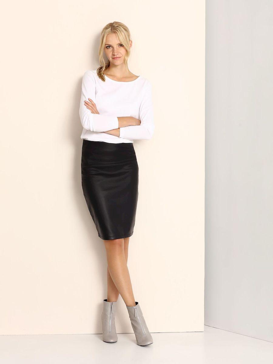 Юбка Top Secret, цвет: темно-синий. SSD1040GR. Размер 38 (44)SSD1040GRСтильная юбка Top Secret изготовлена из искусственной кожи. Юбка-карандаш подчеркнет все достоинства вашей фигуры. Сзади юбка застегивается на молнию.