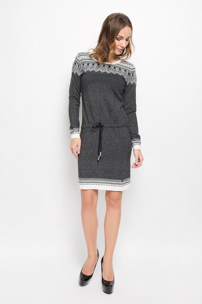 Платье Finn Flare, цвет: черный. W16-12112_200. Размер S (44)W16-12112_200Элегантное платье Finn Flare выполнено из высококачественной комбинированной пряжи. Такое платье обеспечит вам комфорт и удобство при носке и непременно вызовет восхищение у окружающих. Модель средней длины с длинными рукавами и круглым вырезом горловины выгодно подчеркнет все достоинства вашей фигуры. Вязаное платье дополнено шнурком-кулиской с завязками на талии. Манжеты рукавов, низ и горловина изделия связаны резинкой. Платье украшено оригинальным орнаментом в скандинавском стиле и дополнено мелкими стразами. Изысканное платье-миди создаст обворожительный и неповторимый образ.Это модное и комфортное платье станет превосходным дополнением к вашему гардеробу, оно подарит вам удобство и поможет подчеркнуть ваш вкус и неповторимый стиль.