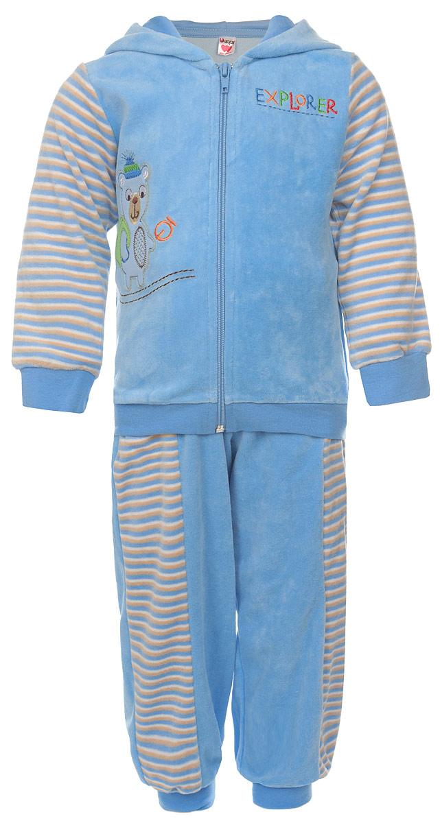 Комплект детский Unique: кофта, брюки, цвет: голубой, полоска. U1042. Размер 104U1042-10Модный детский комплект Unigue, состоящий из кофты и брюк - очень удобный и практичный. Комплект выполнен из натурального хлопка с добавлением полиэстера, благодаря чему он необычайно мягкий и приятный на ощупь, не раздражают нежную кожу ребенка и хорошо вентилируются, а эластичные швы приятны телу малыша и не препятствуют его движениям.Кофта с капюшоном и длинными стандартными рукавами застегивается на пластиковую застежку-молнию. Манжеты рукавов и низ изделия дополнены широкими трикотажными резинками, не перетягивающими запястья. Модель оформлена принтом в полоску и дополена оригинальной нашивкой с изображением мишки. Брюки прямого покроя оформлены принтом в полоску на талии имеют широкую эластичную резинку, благодаря чему они не сдавливают животик ребенка и не сползают. Понизу штанины также дополнены широкими трикотажными манжетами. Брючки дополнены двумя боковыми карманами. Комплект идеален как самостоятельная верхняя одежда прохладным летом или ранней осенью. Комплект полностью соответствует особенностям жизни малыша, не стесняя и не ограничивая его в движениях!