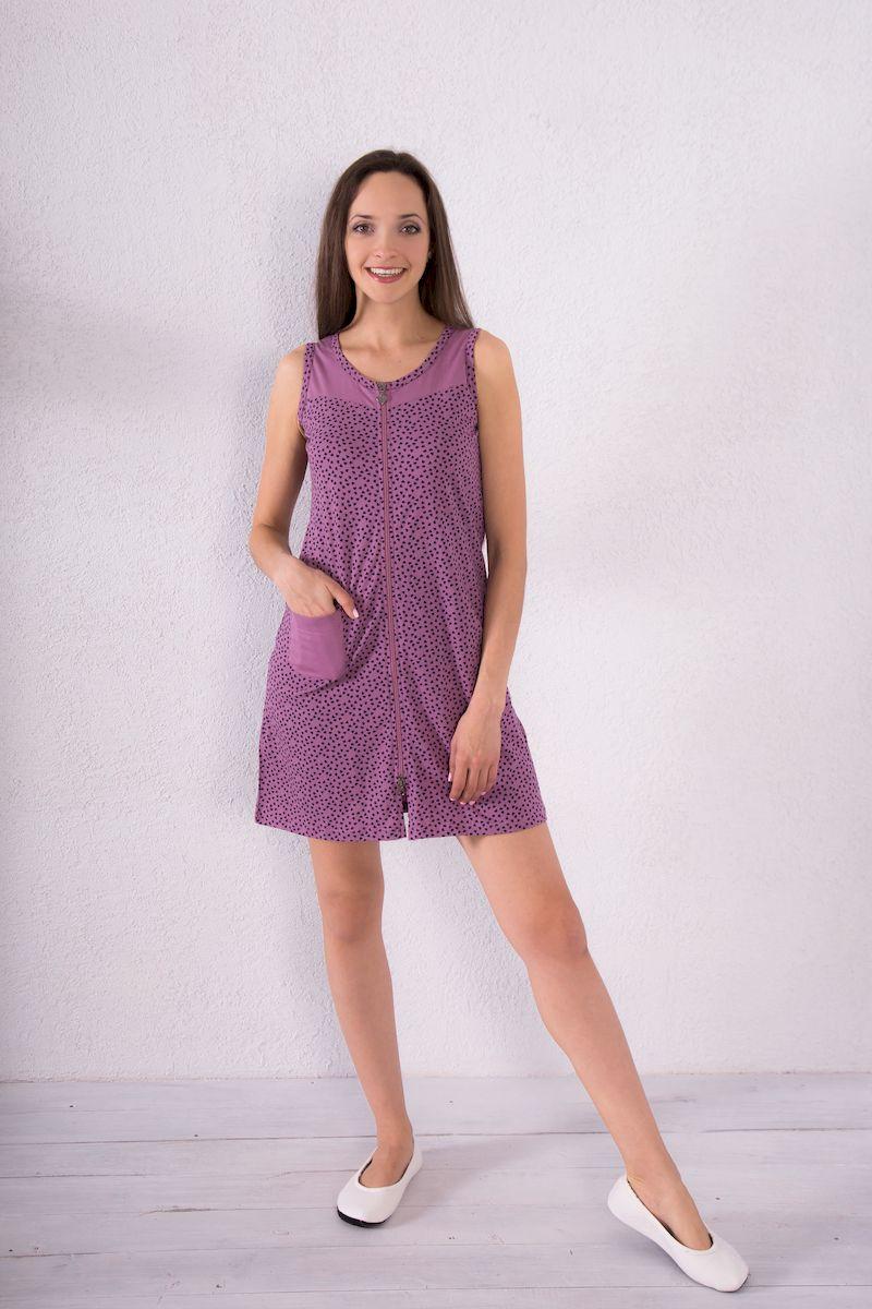 Халат женский Violett, цвет: сиреневый. 7117110123. Размер XL (50)7117110123Женский халат Violett выполнен из натурального хлопка. Халат с круглым вырезом горловины застегивается на застежку-молнию. Спереди расположен один накладной карман. Модель оформлена принтом в виде сердечек.