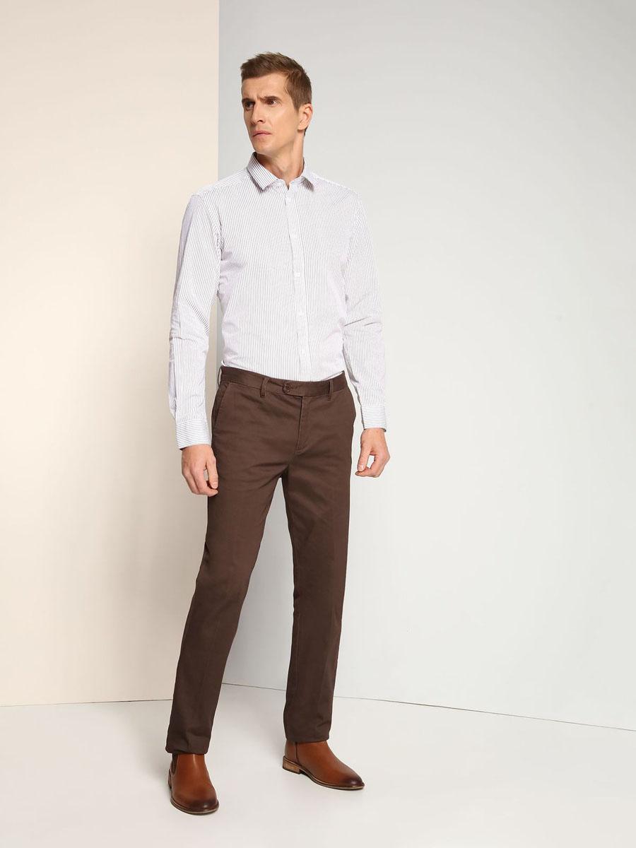 Рубашка мужская Top Secret, цвет: белый, черный. SKL2144BI. Размер 40/41 (48)SKL2144BIСтильная мужская рубашка Top Secret, выполненная из натурального хлопка, позволяет коже дышать, тем самым обеспечивая наибольший комфорт при носке. Модель классического кроя с отложным воротником и длинными рукавами застегивается на пуговицы по всей длине. Манжеты рукавов дополнены застежками-пуговицами. Рубашка оформлена принтом в полоску.