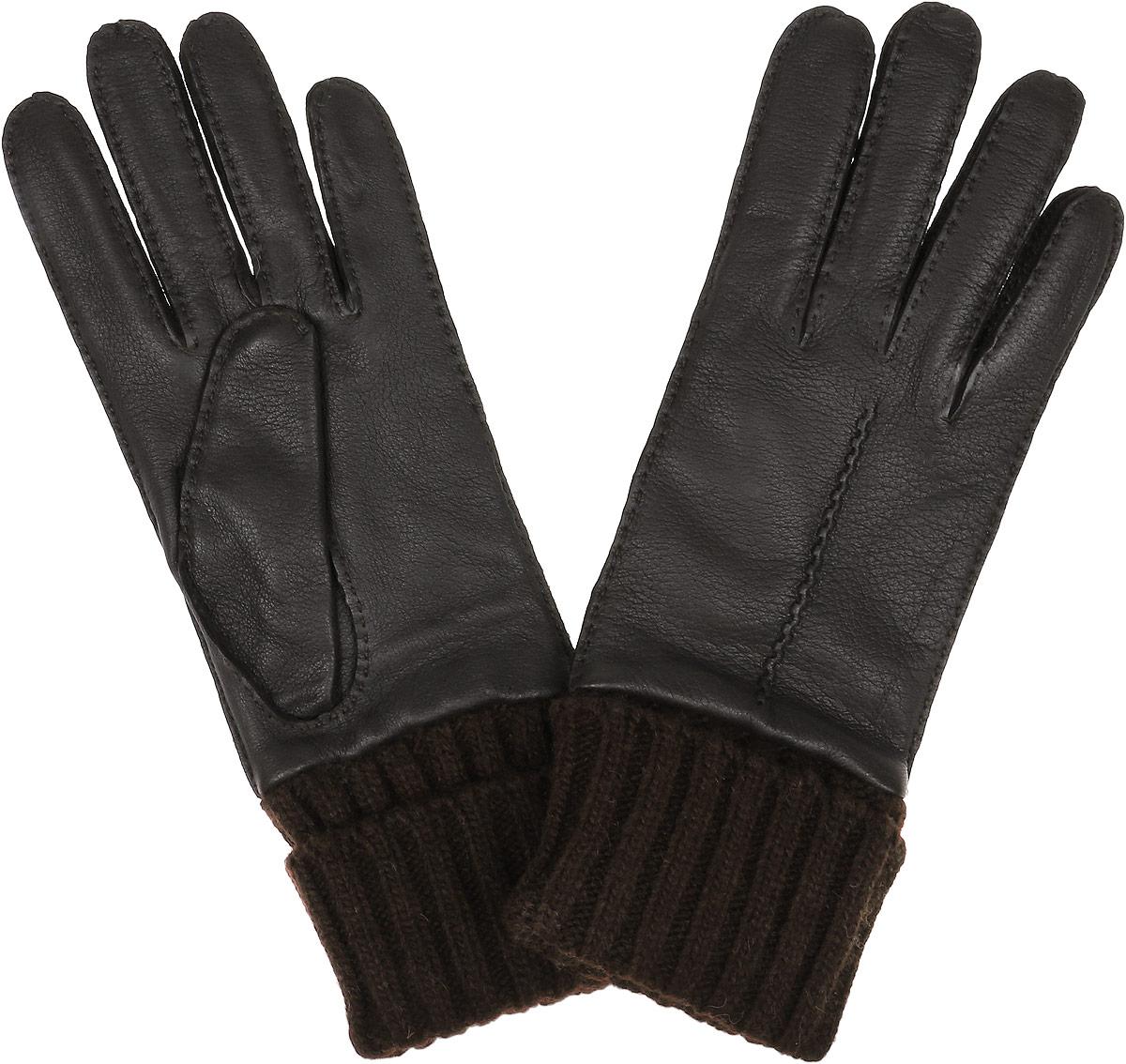 Перчатки женские Fabretti, цвет: темно-коричневый. 2.41-4. Размер 82.41-4 brownСтильные женские перчатки Fabretti не только защитят ваши руки, но и станут великолепным украшением. Перчатки выполнены из чрезвычайно мягкой и приятной на ощупь эфиопской перчаточной кожи, а их подкладка - из шерсти с добавлением кашемира. Модель дополнена вязаными манжетами и оформлена фактурным тиснением. Строчки-стежки придают перчаткам динамичное настроение. Стильный аксессуар для повседневного образа.