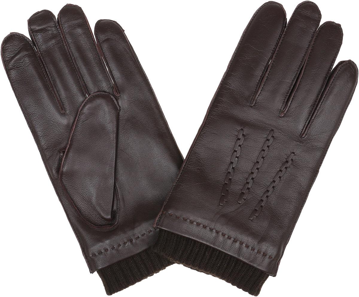 Перчатки мужские Fabretti, цвет: шоколадный. 12.49-2. Размер 1012.49-2 chocolateСтильные мужские перчатки Fabretti не только защитят ваши руки, но и станут великолепным украшением. Перчатки выполнены из натуральной кожи ягненка, а их подкладка - из высококачественной шерсти с добавлением кашемира.Модель дополнена декоративными швами в виде трех лучей. Перчатки оформлены манжетной резинкой. Стильный аксессуар для повседневного образа.