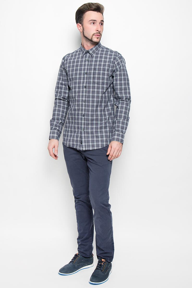 Рубашка мужская Broadway, цвет: серый. 20100281. Размер XL (52)20100281_888Стильная мужская рубашка Broadway Teal, изготовленная из натурального хлопка, необычайно мягкая и приятная на ощупь. Модная рубашка с отложным воротником, длинными рукавами и полукруглым низом застегивается на пластиковые пуговицы. Модель оформлена принтом в клетку и на груди слева дополнена накладным кармашком. Рукава рубашки дополнены манжетами на пуговицах.