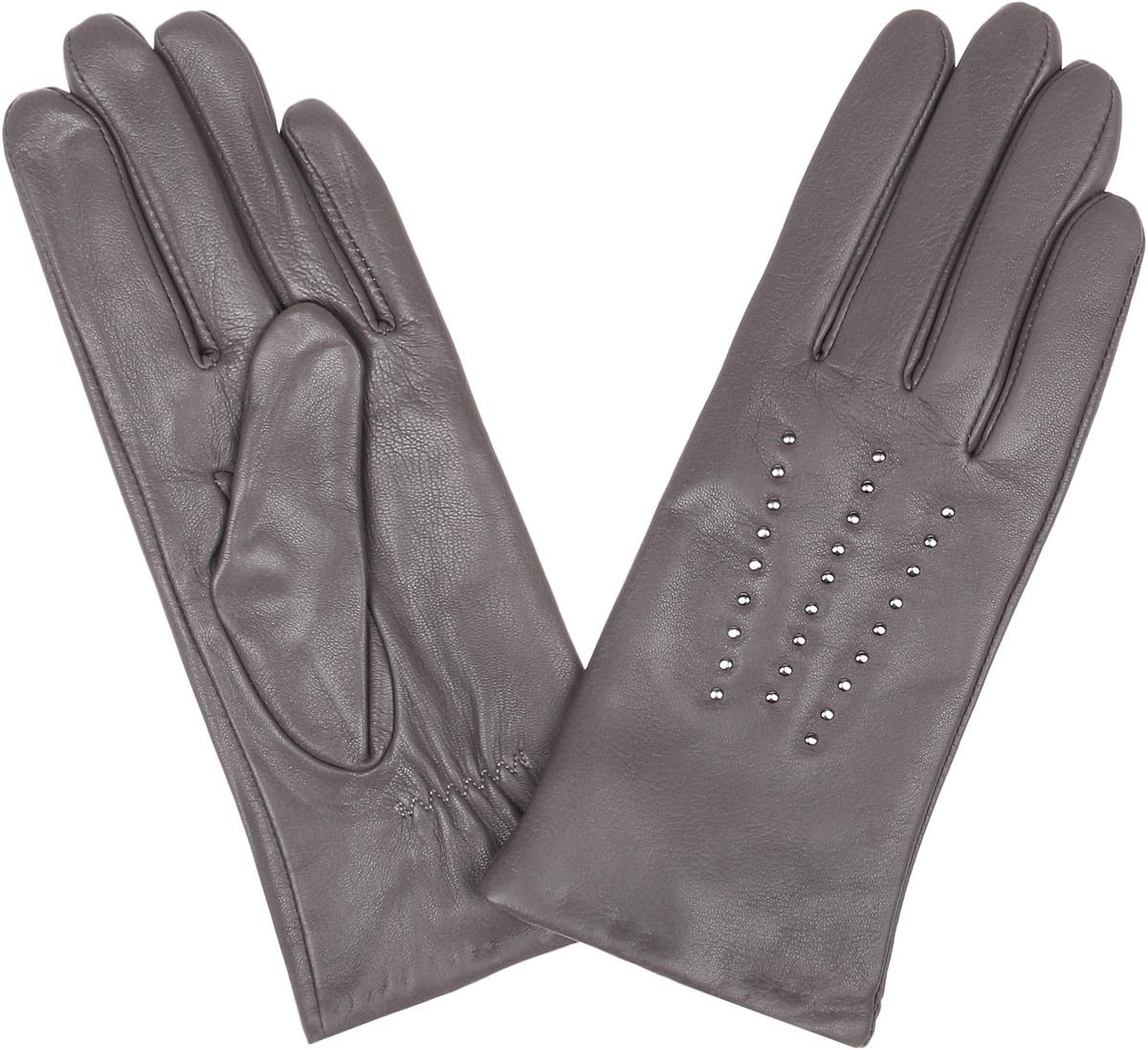 Перчатки женские Fabretti, цвет: серый. 15.1-9. Размер 6,515.1-9_greyСтильные женские перчатки Fabretti не только защитят ваши руки, но и станут великолепным украшением. Перчатки выполнены из натуральной кожи ягненка, а их подкладка - из высококачественной шерсти с добавлением кашемира.Модель оформлена оригинальными металлическими клепками и дополнена строчками -стежками на запястье.Стильный аксессуар для повседневного образа.