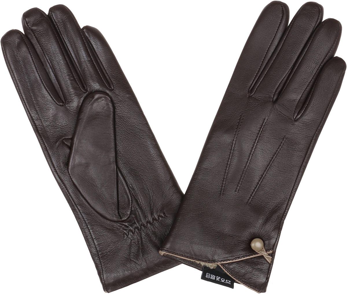 Перчатки женские Fabretti, цвет: шоколадный. 12.38-2. Размер 712.38-2 chocolateСтильные женские перчатки Fabretti не только защитят ваши руки, но и станут великолепным украшением. Перчатки выполнены из натуральной кожи ягненка, а их подкладка - из высококачественной шерсти с добавлением кашемира.Модель оформлена оригинальными строчками-стежками и дополнена небольшой пуговкой с петелькой. Стильный аксессуар для повседневного образа.