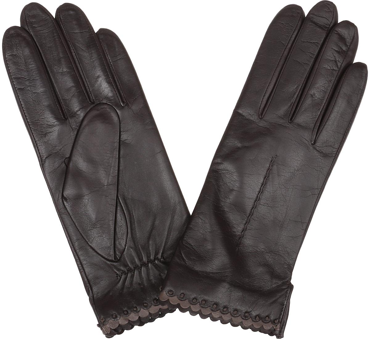 Перчатки женские Fabretti, цвет: шоколадный. 2.80-2. Размер 6,52.80-2 chocolateСтильные женские перчатки Fabretti не только защитят ваши руки, но и станут великолепным украшением. Перчатки выполнены из натуральной кожи ягненка, а их подкладка - из высококачественной шерсти с добавлением кашемира.Модель оформлена оригинальной каймой и строчками-стежками на запястье.Стильный аксессуар для повседневного образа.