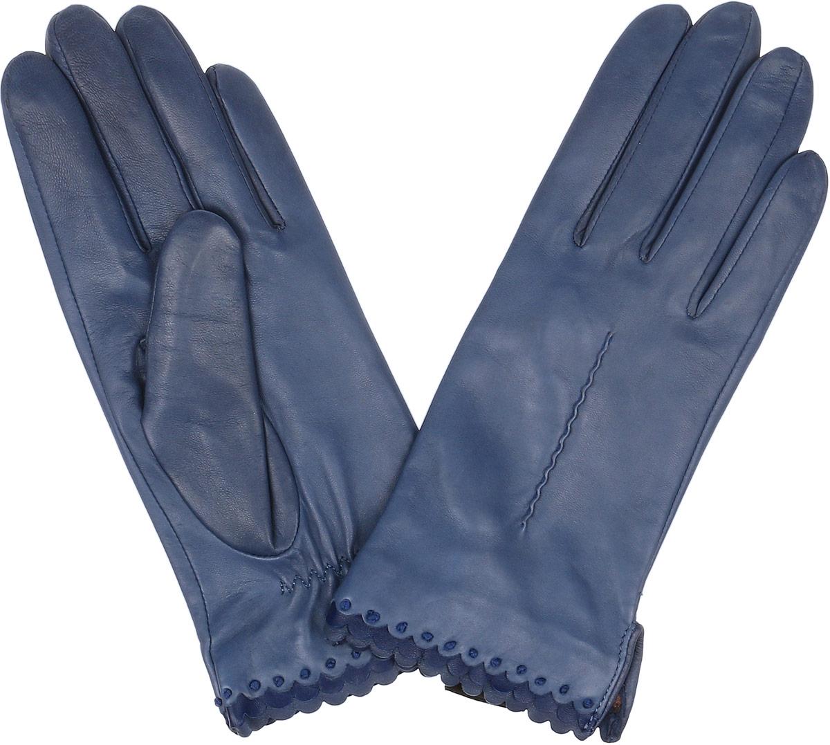 Перчатки женские Fabretti, цвет: синий. 2.80-11s. Размер 6,52.80-11s blueСтильные женские перчатки Fabretti не только защитят ваши руки, но и станут великолепным украшением. Перчатки выполнены из натуральной кожи ягненка, а их подкладка - из высококачественного шелка.Модель оформлена оригинальной каймой и строчками-стежками на запястье.Стильный аксессуар для повседневного образа.