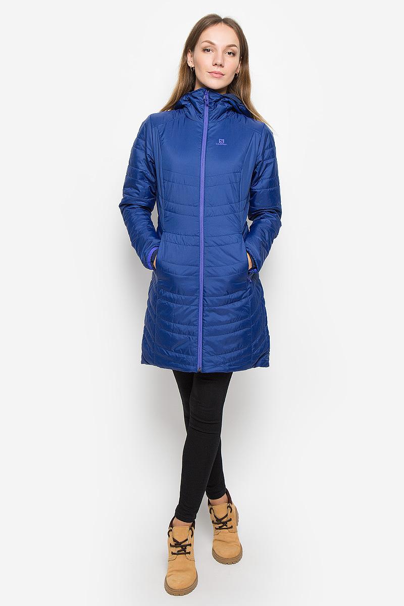 Куртка женская Salomon Drifter Long Hoodie, цвет: синий, темно-синий. L38240000. Размер M (44/46)L38240000Стильная двусторонняя женская куртка Drifter Long Hoodie от Salomon изготовлена из высококачественного полиэстера с подкладкой из нейлона и эластана. Куртка позволяет вам адаптироваться к любым условиям и менять свой стиль в зависимости от настроения. Благодаря технологии Advanced Skin Warm материал защитит от проникновение ветра. Утеплитель PrimaLoft Insulation ECO хорошо пропускает воздух, мало весит и сохраняет тепло.Куртка с несъемным капюшоном застегивается на застежку-молнию. Спереди по бокам капюшон присборен на резинки. Модель имеет втачные карманы на застежках-молниях.