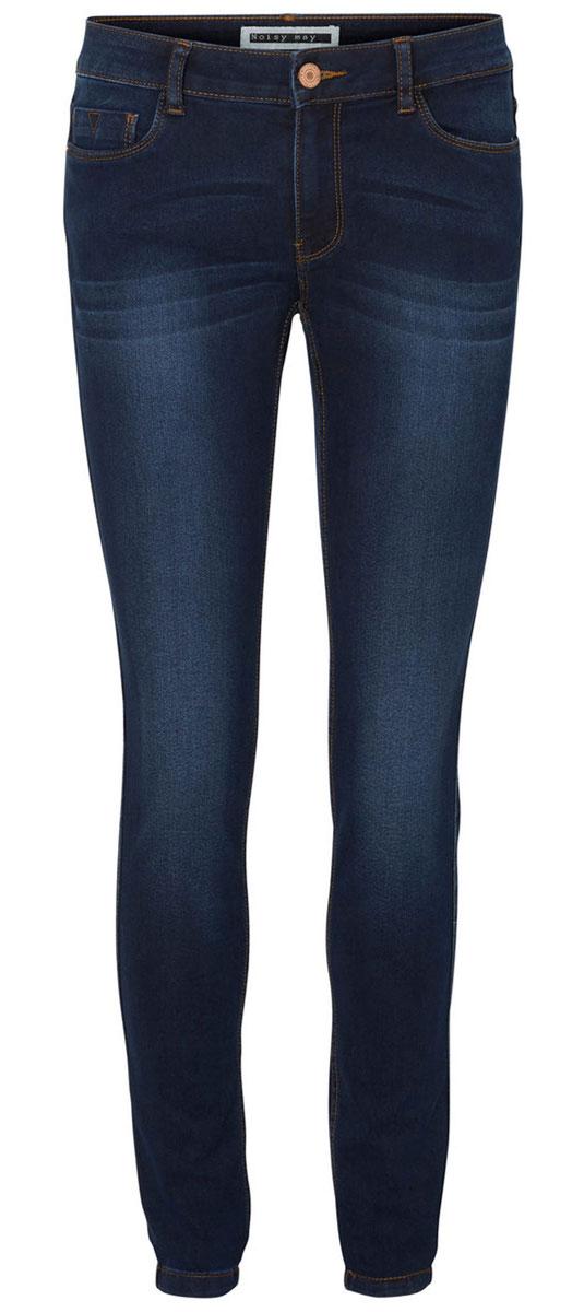 Джинсы женские Vero Moda Noisy May Lucy, цвет: темно-синий. 10159414. Размер S/M-32 (42/44-32)10159414_Dark Blue DenimЖенские джинсы Vero Moda Noisy May Lucy изготовлены из хлопка с добавлением полиэстера и эластана. Джинсы застегиваются спереди на металлическую пуговицу и имеют ширинку на застежке-молнии. На поясе предусмотрены шлевки для ремня. Спереди расположены два втачных кармана и один маленький накладной, сзади - два накладных кармана.