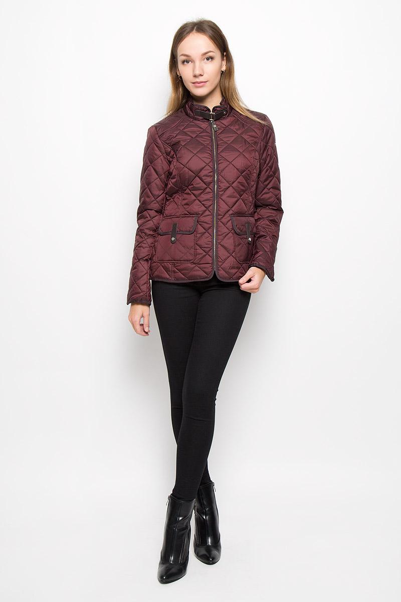 Куртка женская Baon, цвет: бордовый. B036523. Размер XL (50)B036523/B036623_Cold BeetЭлегантная женская куртка Baon изготовлена из полиэстера. Классическая стеганая модель имеет приталенныйсилуэт. Ветрозащитная, водоотталкивающая куртка обеспечивает превосходную теплоизоляцию. Модель с воротником-стойкой и длинными рукавами застегивается на молнию. Воротник застегиваетсяпри помощи хлястика с кнопкой, пропущенного через металлическую шлевку. На рукавах предусмотрены небольшие разрезы. По спинке изделие дополненохлястиками с кнопками для регулировки объема. Спереди расположены два накладных кармана с клапанами назастежках-кнопках. Модель украшена отделкой из велюра и искусственной кожи.