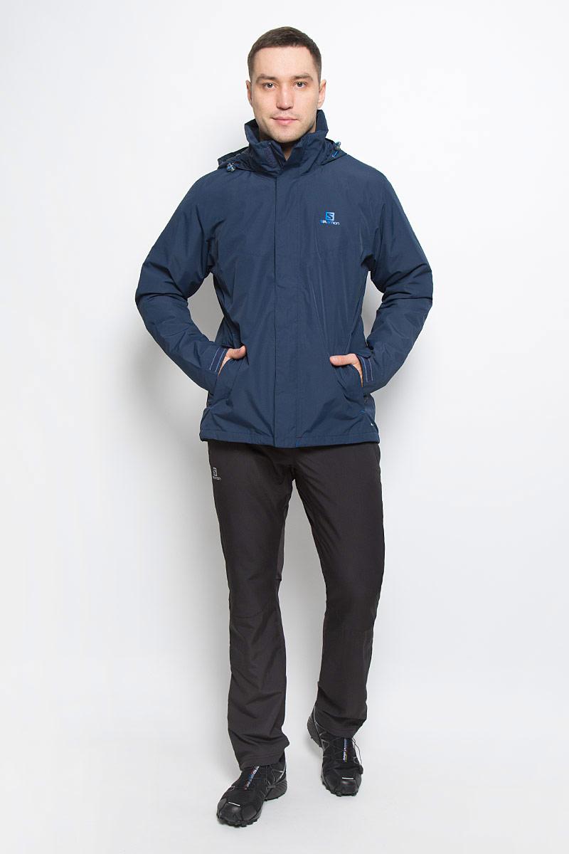 Куртка мужская Salomon Elemental Insulated, цвет: темно-синий. L38217400. Размер XL (56/58)L38217400Мужская куртка Salomon Elemental Insulated с длинными рукавами и воротником-стойкой, трансформирующимся в капюшон, выполнена из прочного полиэстера. Наполнитель - синтепон. Подкладка выполнена из нейлона. Благодаря материалу Advanced Skin Dry такая модель защитит вас от дождя и ветра. Капюшон при необходимости можно свернуть и спрятать в специальный клапан на воротнике, где он фиксируется при помощи липучки. Куртка застегивается на застежку-молнию спереди и имеет ветрозащитный клапан на липучках. Манжеты рукавов дополнены хлястиками на липучках. Изделие оснащено двумя втачными карманами на застежках-молниях спереди, а также внутренним втачным карманом на молнии. Низ изделия дополнен шнурком-кулиской, объем капюшона также регулируется при помощи шнурка-кулиски.