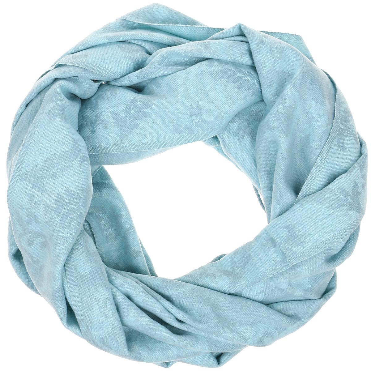 Шарф женский Sela, цвет: светло-бирюзовый. SCw-142/463-6404. Размер 185 см x 65,5 смSCw-142/463-6404Модный женский шарф Sela подарит вам уют и станет стильным аксессуаром, который призван подчеркнуть вашу индивидуальность и женственность.Теплый шарф выполнен из 100% акрила, он невероятно мягкий и приятный на ощупь. Шарф оформлен оригинальным цветочным орнаментом и украшен бахромой в виде жгутиков по краям. Этот модный аксессуар гармонично дополнит образ современной женщины.