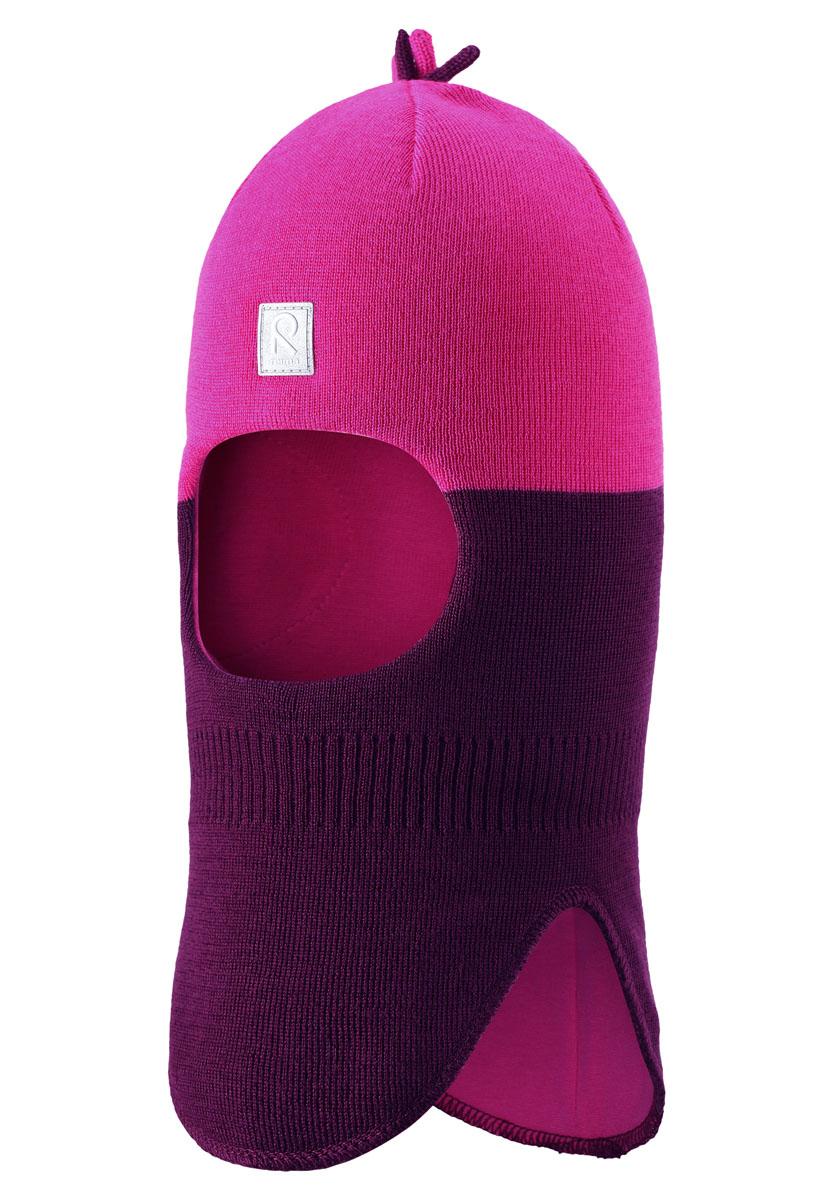 Шапка-шлем детская Reima Myrsky, цвет: фиолетовый, розовый. 518364-4900. Размер 46518364-4900Забавная шапка-шлем идеально подойдет для холодных осенних и зимних дней. Вставки в области ушей обеспечат дополнительную защиту, а эластичная подкладка из джерси (хлопок) позволит шапочке плотно сеть на головку малыша. Приятна на ощупь.