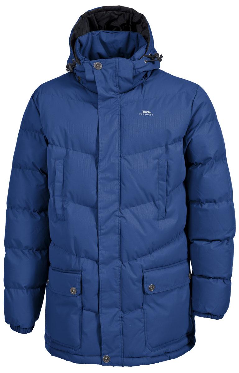 Куртка мужская Trespass Cumulus, цвет: темно-синий. MAJKCAK20005. Размер L (52)MAJKCAK20005Теплая куртка Trespass Cumulus в стиле casua выполнена из 100% полиэстера и застегивается на застежку-молнию. Утеплитель ColdHeat 360 г/м2 (синтетический, микроволоконный с функцией быстрого отвода влаги и высоким уровнем теплозащиты и износостойкости). Каждый простроченный шов от иглы оставляет сотни отверстий, через которые влага может проникать внутрь куртки. Применение технологии Taped Seams - обработка швов термо-пластичесткой лентой под высоким давлением - запечатывает швы, тем самым препятствуя проникновению влаги внутрь куртки, дополнительно обеспечивая вашему телу сухость и комфорт. Материал верха защищает от влаги (влагозащита - 5 000мм) и имеет дополнительное усиление от разрыва. Модель дополнена утепленным регулируемым капюшоном.
