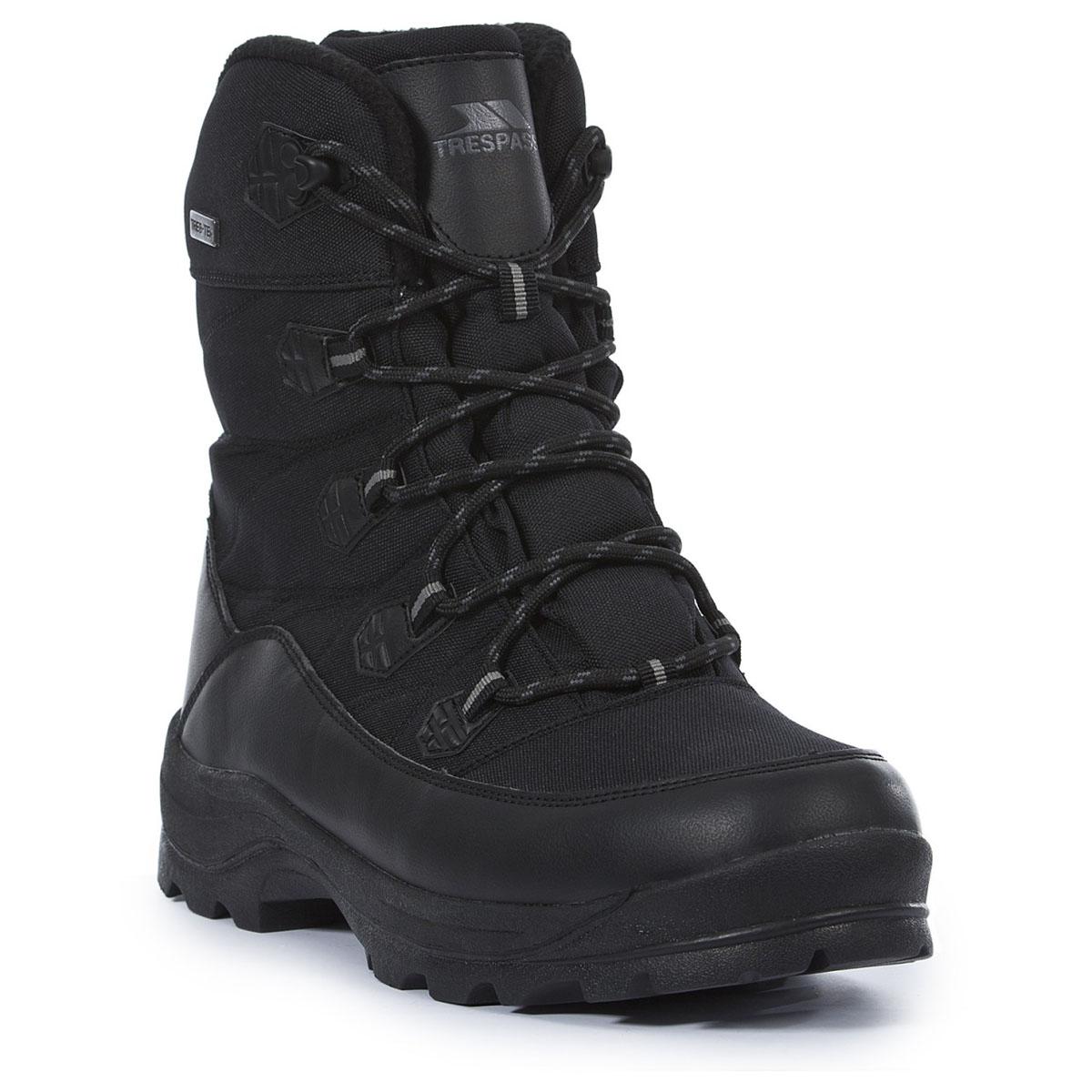 Ботинки трекинговые мужские Trespass Zotos, цвет: черный. MAFOBOK20001. Размер 46MAFOBOK20001Современные, технологичные, трекинговые ботинки Zotos от Trespass выполнены из водонепроницаемого материала. Специальное покрытие эффективно обеспечивает сухость и комфорт вашим ногам. Подкладка из флиса и стелька из текстиля согреют ваши ноги. Шнуровка надежно зафиксирует модель на ноге. Подошва дополнена рифлением. Ботинки прекрасно подойдут для пеших походов по пересеченной местности.
