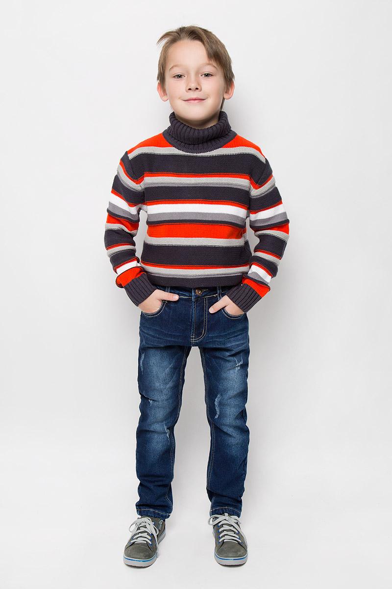 Джинсы для мальчика Sweet Berry, цвет: темно-синий. 206347. Размер 98, 3 года206347Стильные утепленные джинсы Sweet Berry изготовлены из хлопка с добавлением эластана. Они необычайно мягкие и приятные на ощупь, не сковывают движения и позволяют коже дышать, не раздражают даже самую нежную и чувствительную кожу ребенка. Мягкая флисовая подкладка обеспечит тепло и комфорт. Джинсы прямого кроя застегиваются на пуговицу в поясе и ширинку на застежке-молнии. С внутренней стороны пояс дополнен регулируемой эластичной резинкой, которая позволяет подогнать модель по фигуре. На поясе предусмотрены шлевки для ремня. Джинсы имеют классический пятикарманный крой: спереди модель оформлена двумя втачными карманами и одним маленьким накладным кармашком, а сзади - двумя накладными карманами. Модель оформлена контрастной прострочкой, перманентными складками и эффектом потертости.