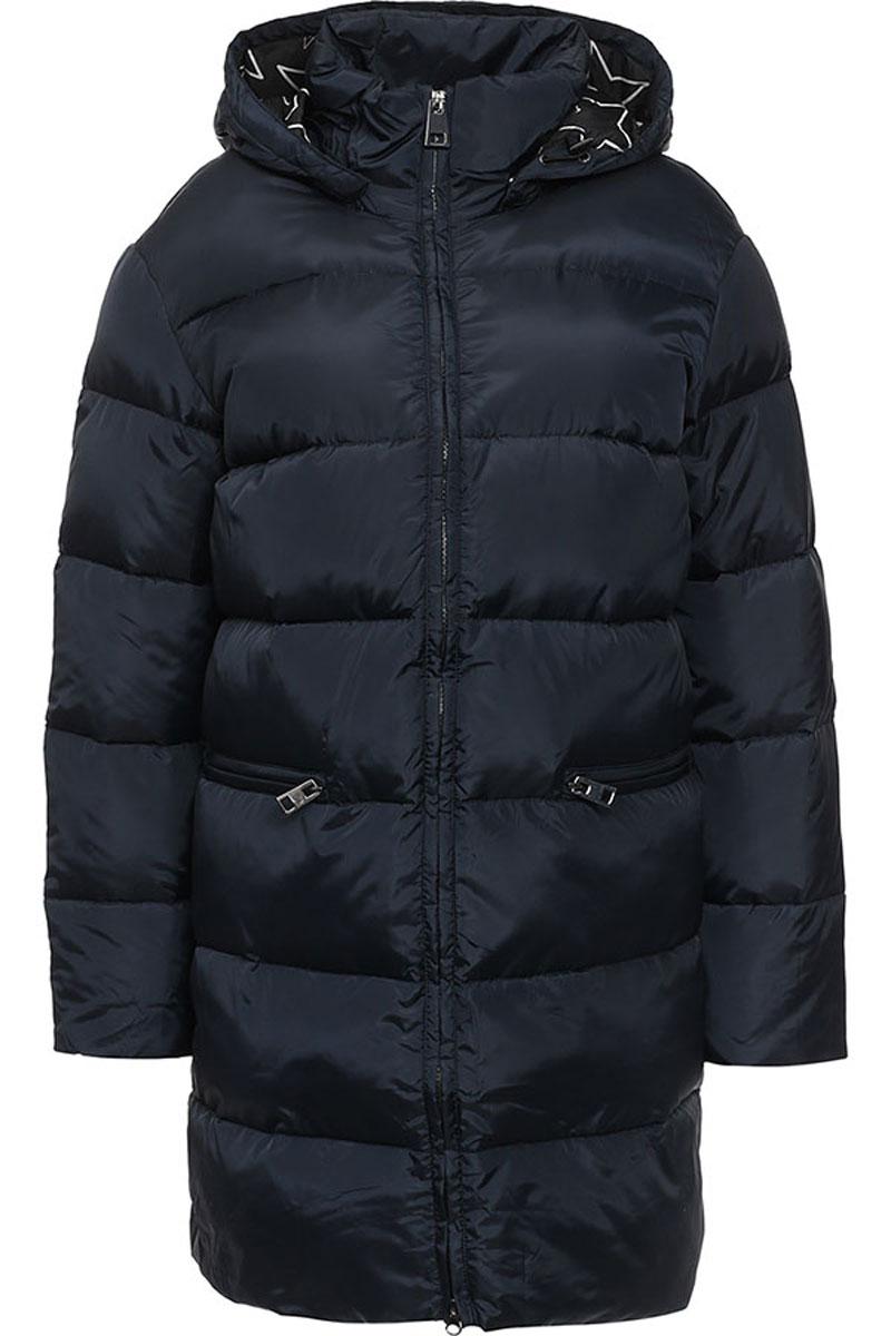 Пальто женское Finn Flare, цвет: темно-синий. W16-170060_101. Размер M (46)W16-170060_101Женское пальто Finn Flare выполнено из 100% полиэстера. В качестве утеплителя используются 100% пух. Приталенная модель с съемным капюшоном и воротником-стойкой застегивается на пластиковую молнию с внутренней ветрозащитной планкой. Спереди расположены два прорезных кармана с застежками-молниями.