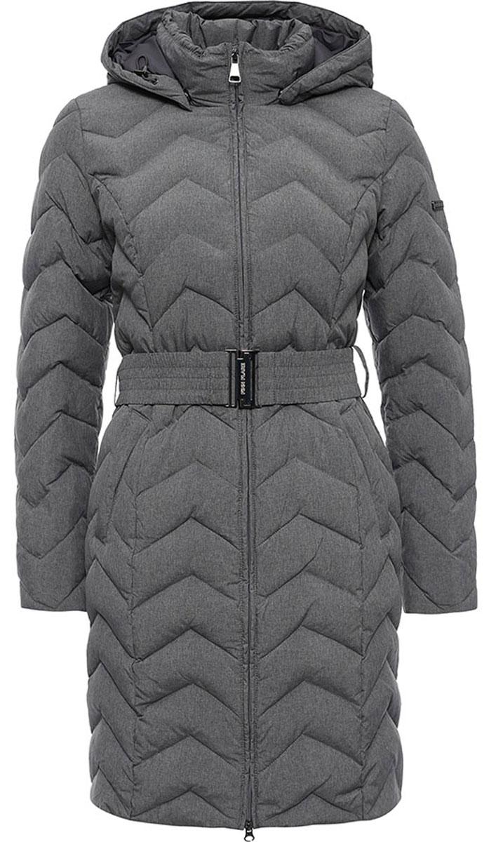 Пальто женское Finn Flare, цвет: серый. W16-12010_202. Размер L (48)W16-12010_202Стильное женское пальто Finn Flare изготовлено из высококачественного полиэстера. В качестве утеплителя используется пух с добавлением пера.Модель с воротником-стойкой и съемным капюшоном застегивается на застежку-молнию. Капюшон, дополненный регулирующим эластичным шнурком, пристегивается к пальто с помощью кнопок. Спереди расположены два прорезных кармана на застежках-молниях. Манжеты рукавов дополнены трикотажными напульсниками. На талии модель дополнена эластичным поясом с металлической пряжкой.