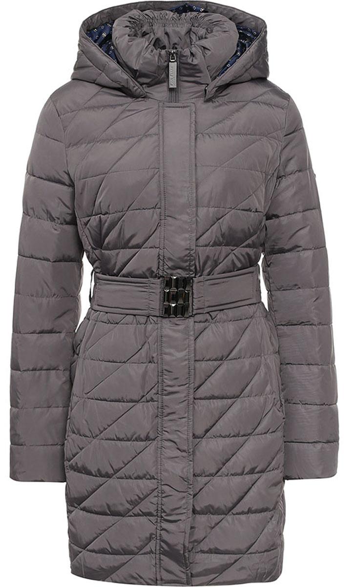 Пальто женское Finn Flare, цвет: темно-серый. W16-11028_204. Размер M (46)W16-11028_204Женское пальто Finn Flare выполнено из высококачественного полиэстера с утеплителем из синтепона. Модель с воротником-стойкой и съемным капюшоном застегивается на пластиковую молнию с ветрозащитными планками. Внешняя планка имеет застежки-кнопки. Капюшон дополнен по краю эластичным шнурком со стопперами. Он пристегивается к пальто с помощью кнопок. Изделие имеет приталенный силуэт, дополнительно подчеркнутый эластичным поясом с металлической застежкой. Спереди расположены два втачных кармана на молнии. Пальто украшено фирменной металлической пластиной с названием бренда.