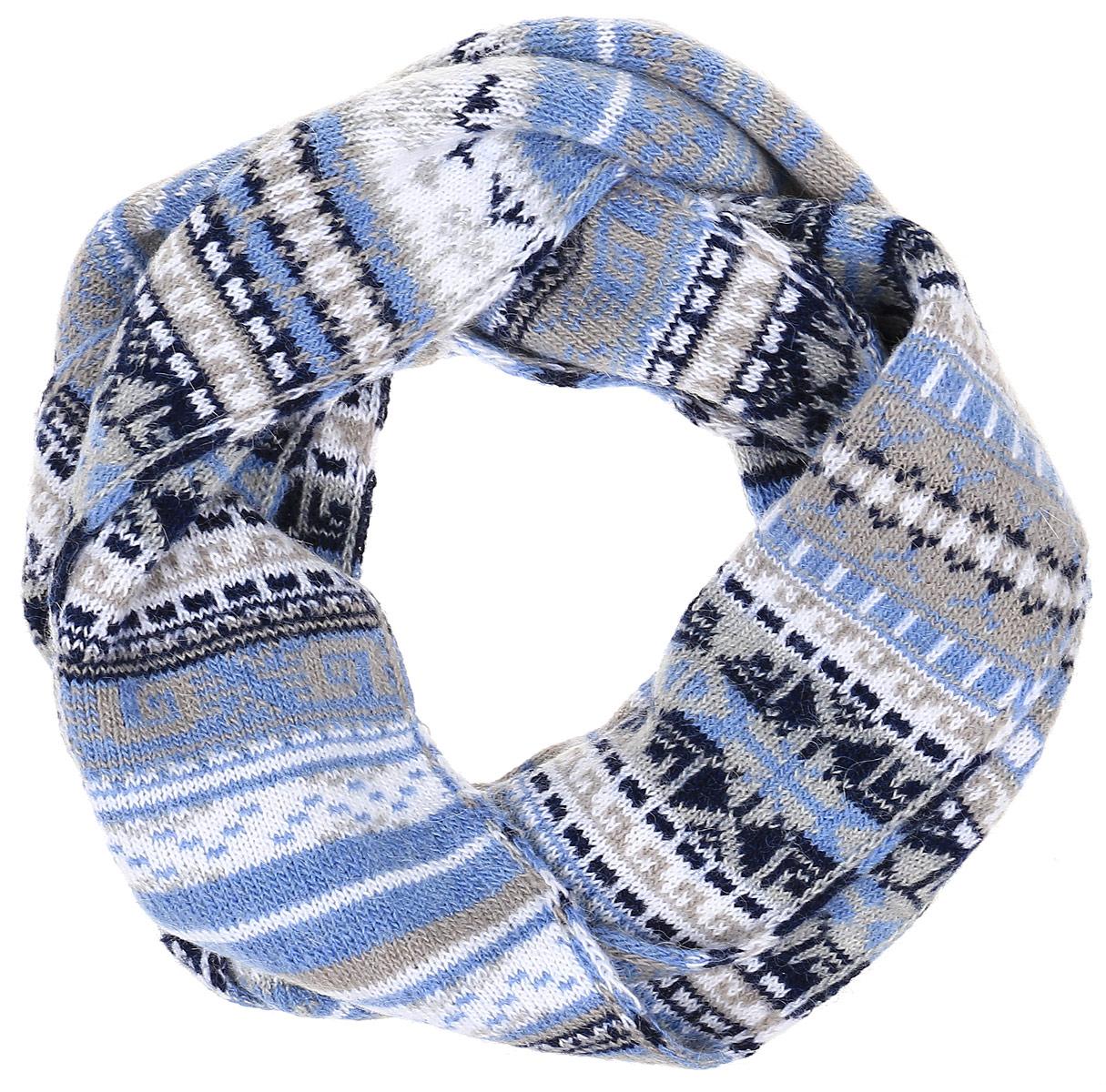 Шарф женский Finn Flare, цвет: голубой, серый. W16-12120_211. Размер 160 см х 22 смW16-12120_211Шарф Finn Flare станет отличным дополнением к вашему гардеробу в холодную погоду. Шарф, выполненный из акрила с добавлением альпаки и шерсти, очень мягкий, теплый и приятный на ощупь. Модель оформлена оригинальным принтом и дополнена металлической пластиной с названием бренда.Современный дизайн и расцветка делают этот шарф модным и стильным аксессуаром. Он подарит вам ощущение тепла, комфорта и уюта.