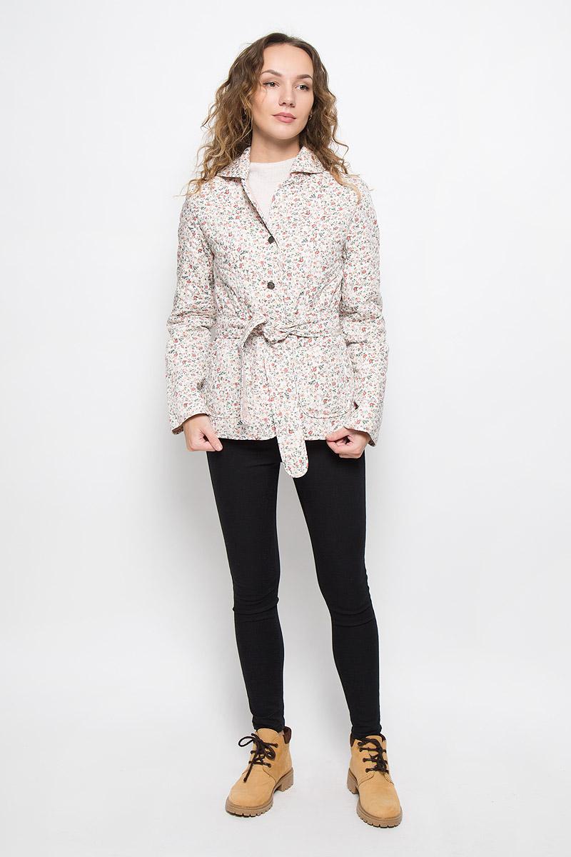 Куртка женская Holty Зипун, цвет: белый. 020517-0022. Размер S (44)020517-0022Стильная женская куртка Holty Зипун, изготовленная из натурального хлопка, оформлена цветочным принтом. В качестве наполнителя используется полиэстер и хлопок.Куртка с отложным воротником застегивается на пуговицы. Спереди имеются два накладных кармана. Модель дополнена текстильным ремешком.