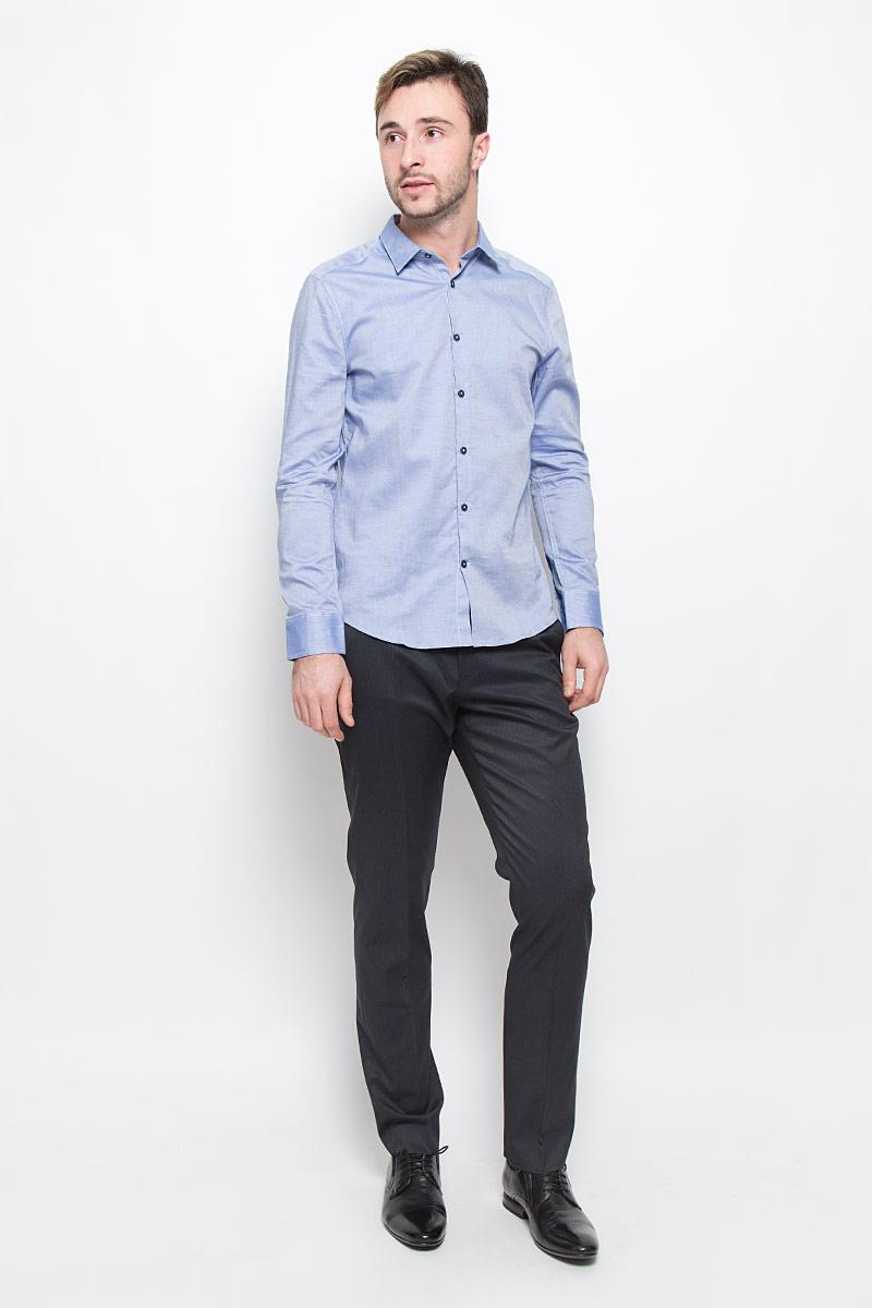 Рубашка мужская Mexx, цвет: синий. MX3024537_MN_SHG_008. Размер XL (54)MX3024537_MN_SHG_008_454Стильная мужская рубашка Mexx, выполненная из натурального хлопка, позволяет коже дышать, тем самым обеспечивая наибольший комфорт при носке. Модель классического кроя с отложным воротником застегивается на пуговицы по всей длине. Длинные рукава рубашки дополнены манжетами на пуговицах.
