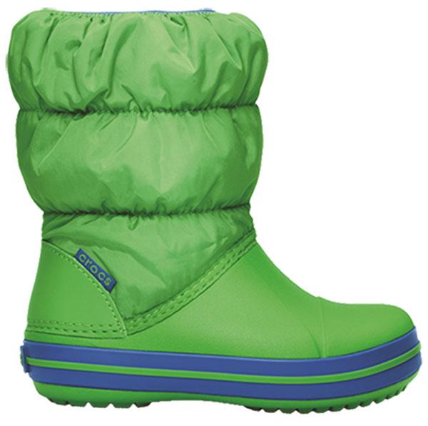 Дутики детские Crocs Winter Puff Boot, цвет: зеленый. 14613-367. Размер 6 (23)14613-367Детские дутики Winter Puff Boot от Crocs сохранят тепло в холодную погоду. Дутики выполнены из прочного водонепроницаемого и грязеотталкивающего текстиля и полимера Croslite. Литая непромокаемая носочная часть из материала Croslite гарантирует легкость и комфорт. Подкладка и стелька выполнены из мягкого текстиля, что обеспечит комфорт и уют ногам. Такая подкладка дышит, согревает и соответствует гигиеническим нормам. Подошва с протектором гарантирует идеальное сцепление на любой поверхности.Декоративный рант по периметру основания подошвы придает дутикам спортивный стиль.Рекомендуемый температурный режим: до -15-20С°.