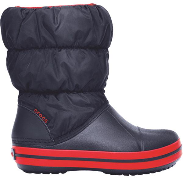 Дутики детские Crocs Winter Puff Boot, цвет: темно-синий. 14613-485. Размер 6 (23)14613-485Детские дутики Winter Puff Boot от Crocs сохранят тепло в холодную погоду. Дутики выполнены из прочного водонепроницаемого и грязеотталкивающего текстиля и полимера Croslite. Литая непромокаемая носочная часть из материала Croslite гарантирует легкость и комфорт. Подкладка и стелька выполнены из мягкого текстиля, что обеспечит комфорт и уют ногам. Такая подкладка дышит, согревает и соответствует гигиеническим нормам. Подошва с протектором гарантирует идеальное сцепление на любой поверхности.Декоративный рант по периметру основания подошвы придает дутикам спортивный стиль.Рекомендуемый температурный режим: до -15-20С°.