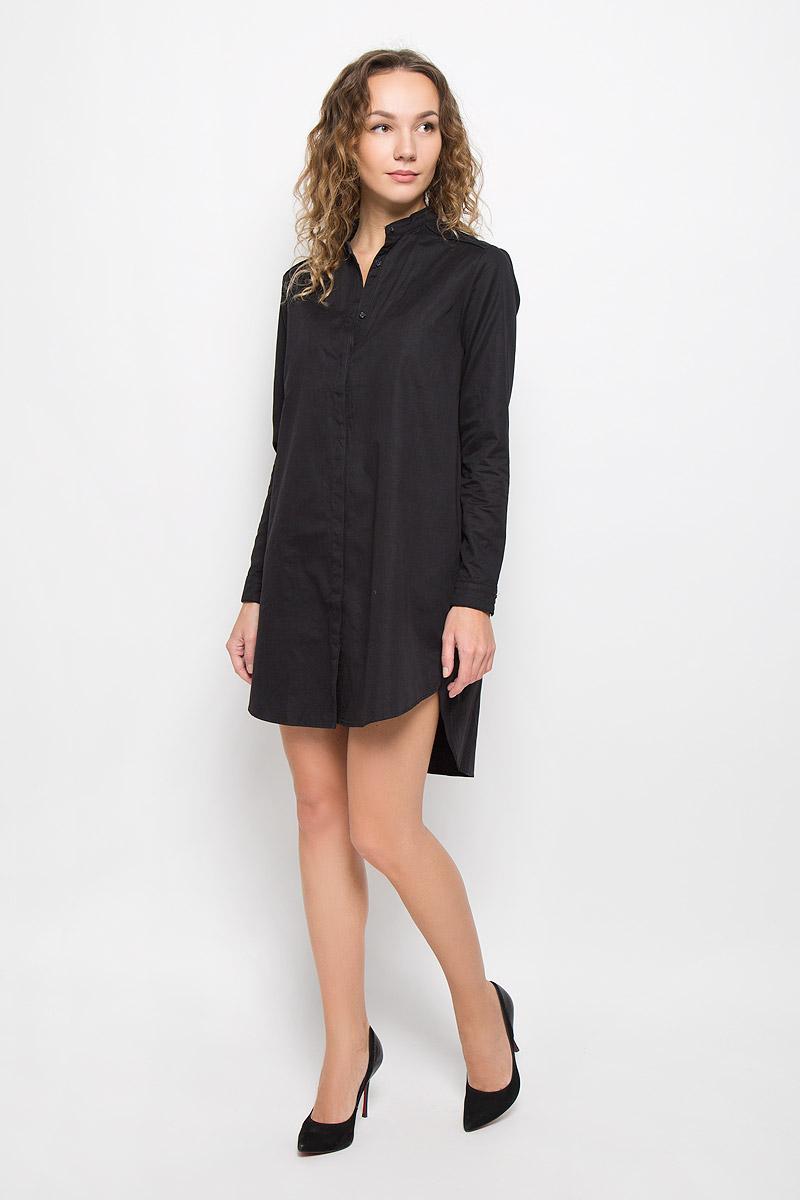 Платье Lee Cooper, цвет: черный. DOUCE-5057/BLACK. Размер M (46)DOUCE-5057/BLACKСтильное платье выполнено из высококачественного нейлона. Платье-мини с круглым вырезом горловины и длинными рукавами по всей длине застегивается на пуговицы. По бокам модель дополнена декоративными небольшими разрезами, спинка удлинена. Манжеты рукавов дополнены застежками-пуговицами.