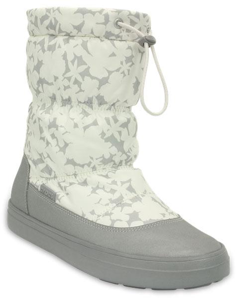Дутики женские Crocs LodgePoint Pull-on Boot, цвет: серый, белый. 203422-159. Размер 7 (37)203422-159Легкие универсальные сапоги LodgePoint Pull-on Boot от Crocs подойдут на каждый день. Верх выполнен из водоотталкивающего нейлона и оформлен цветочным принтом, голенище дополнено шнурком с фиксатором. Подошва Croslite улучшает сцепление и увеличивает срок службы обуви.