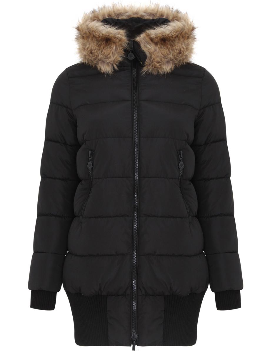 Пальто женское oodji Ultra, цвет: черный. 11C03002/43718/2900N. Размер 40 (46-170)11C03002/43718/2900NЖенское пальто oodji Ultra выполнено из 100% полиэстера. В качестве подкладки и утеплителя также используется полиэстер. Модель с несъемным капюшономзастегивается на застежку-молнию с двумя бегунками и имеет внутреннюю ветрозащитную планку. Капюшон оформлен искусственным мехом. Низ рукавов дополнен внутренними эластичными манжетами, а низ изделия эластичными вставками. Спереди расположено два прорезных кармана на застежке-молнии.