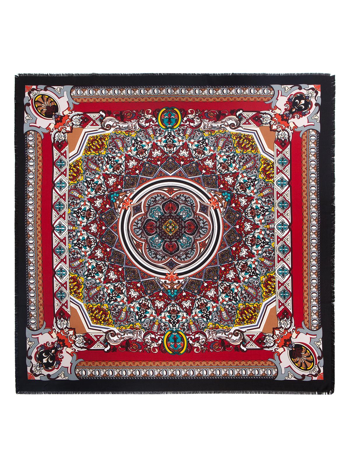 Платок женский Labbra, цвет: бордовый, мультицвет. LSZ33-526. Размер 110 см х 110 смLSZ33-526Платок от Labbra изготовлен из вискозы с добавлением шерсти и оформлен ярким принтом. Края изделия декорированы бахромой.