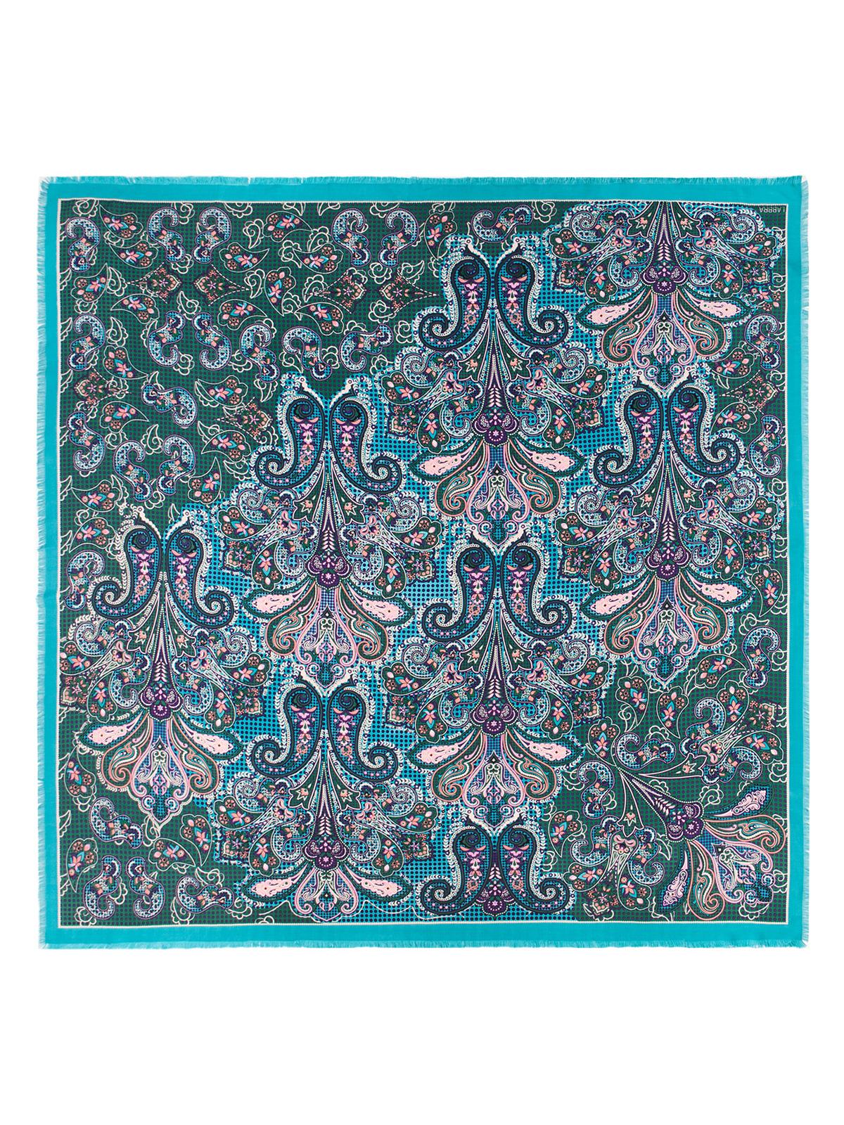 Платок женский Labbra, цвет: темно-зеленый, бирюзовый, светло-розовый. LSZ33-523. Размер 140 см х 140 смLSZ33-523Платок от Labbra изготовлен из вискозы с добавлением шерсти и оформлен ярким принтом. Края изделия декорированы бахромой.