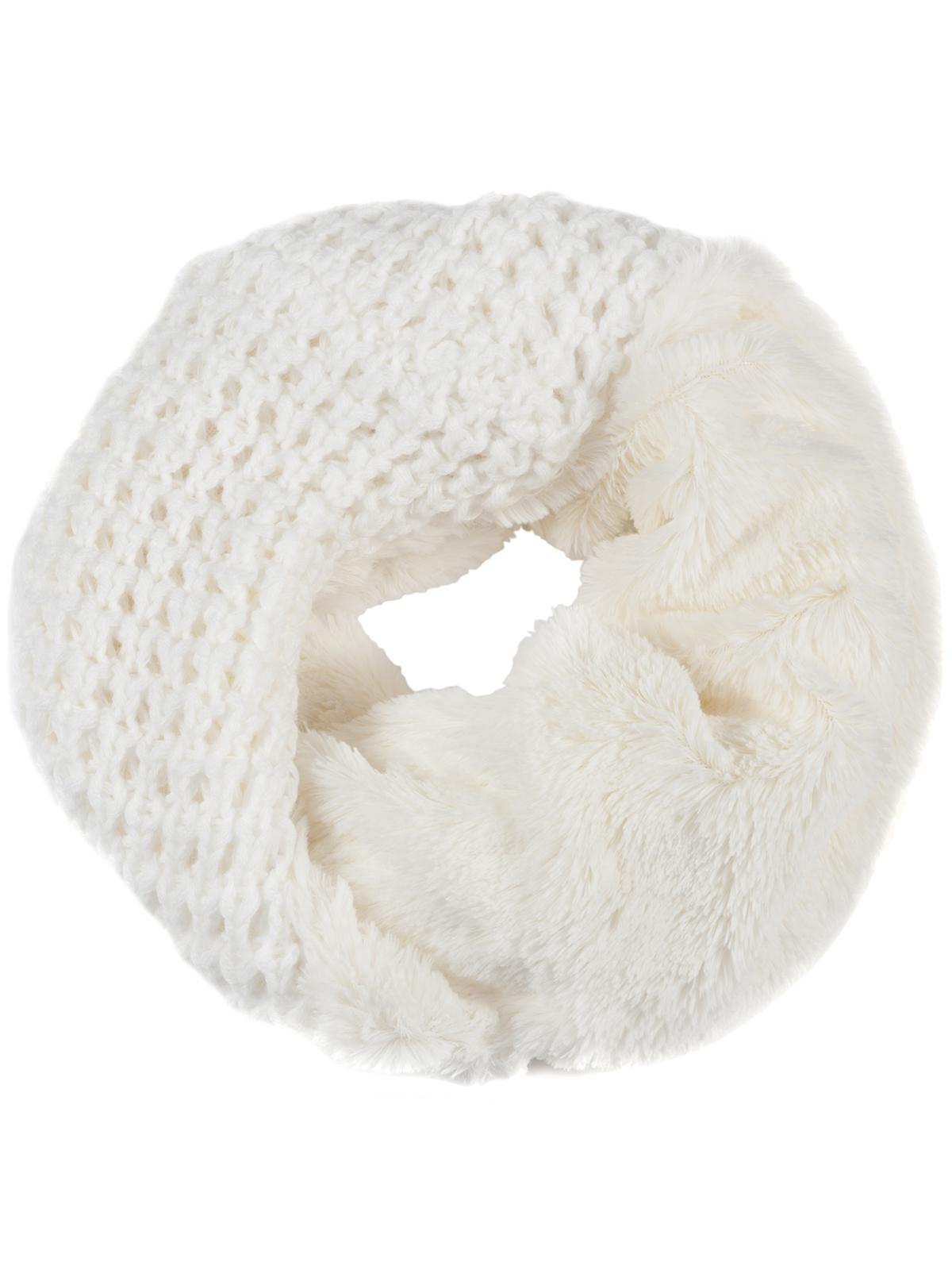 Снуд-хомут женский Labbra, цвет: молочный. LDB63-622. Размер 30 см х 70 смLDB63-622Женский вязаный снуд-хомут Labbra выполнен из сочетания высококачественных материалов. Модель оформлена крупной вязкой с узором, а внутренняя сторона выполнена из искусственного меха.