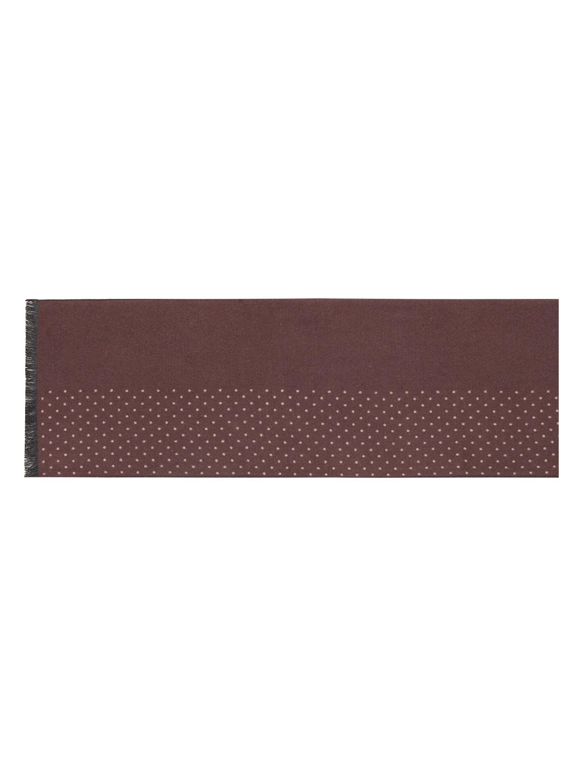 Шарф мужской Labbra, цвет: коричневый. LJG34-316. Размер 10 см х 180 смLJG34-316Мужской шарф Labbra, изготовленный из вискозы и шелка, мягкий и приятный на ощупь.Изделие оформлено оригинальным принтом в мелкий горох. По короткому краю модель оформлена бахромой.